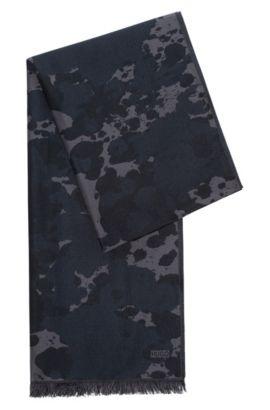 Jacquard-Schal aus einem Modal-Mix mit Wolle, Gemustert