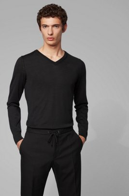 V-neck sweater in mulesing-free wool, Black