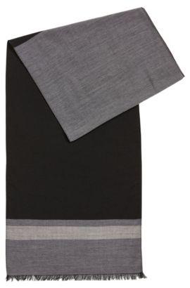 Leichter Schal aus feinem Schurwoll-Mix, Grau