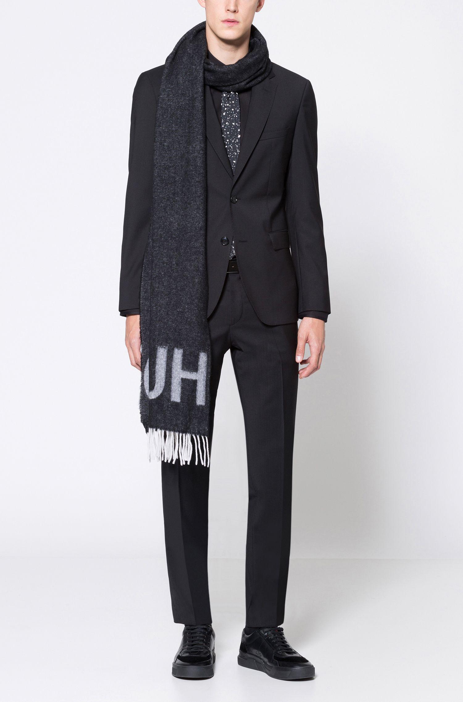 Reverse-logo scarf in a wool blend
