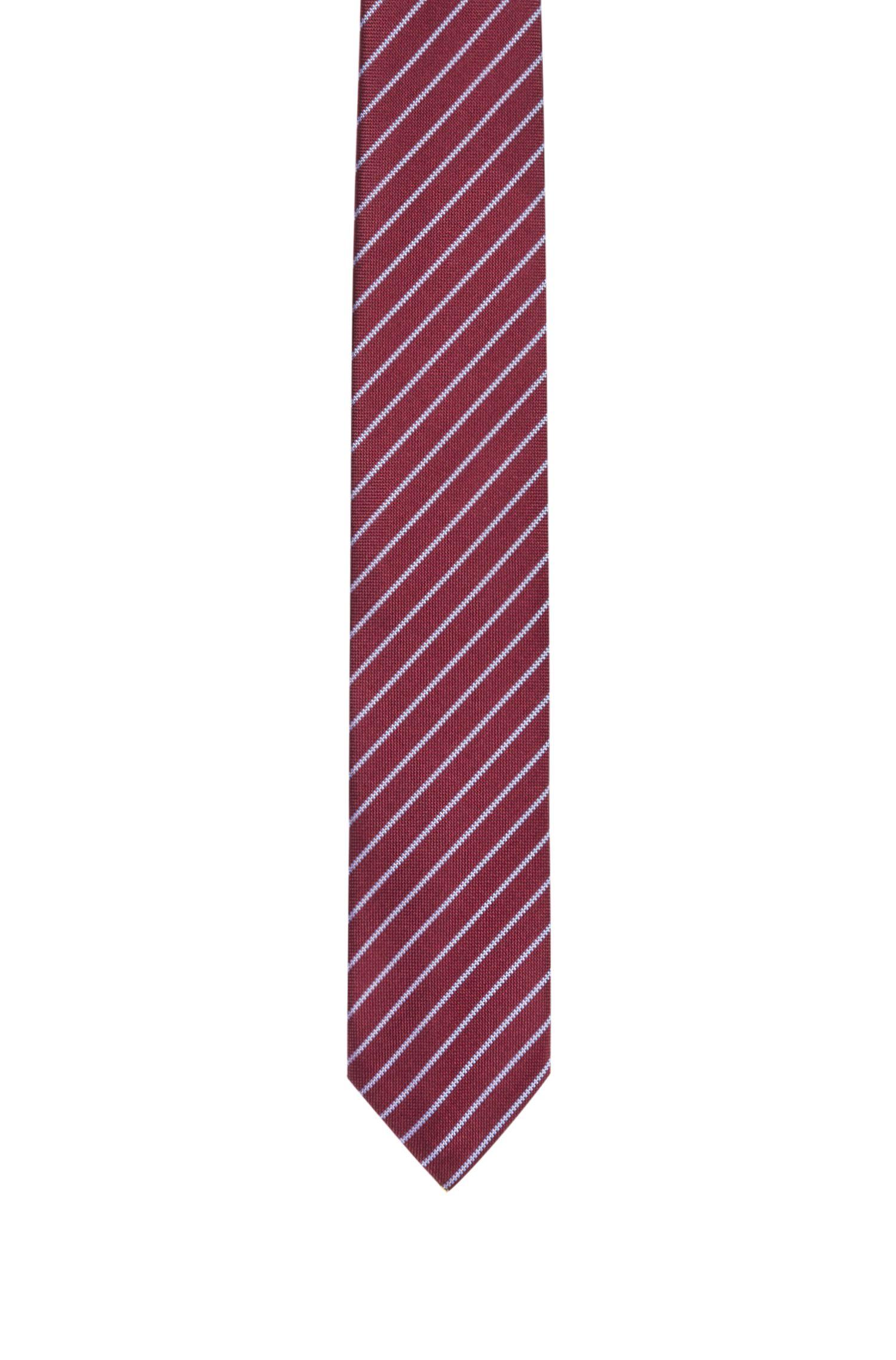 Corbata de seda con diseño de rayas en diagonal