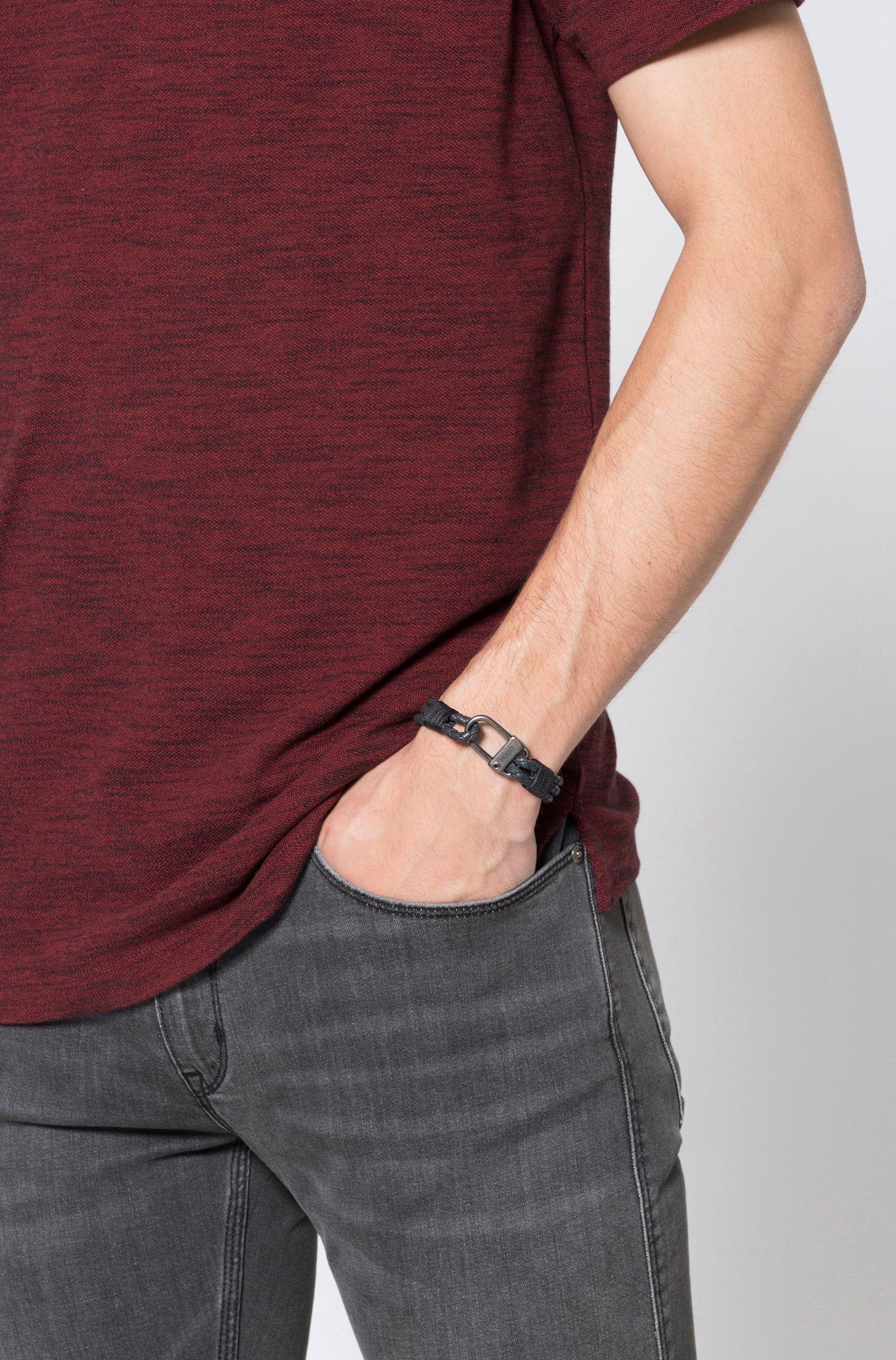 Gevlochten armband van Italiaans leer met karabijnsluiting