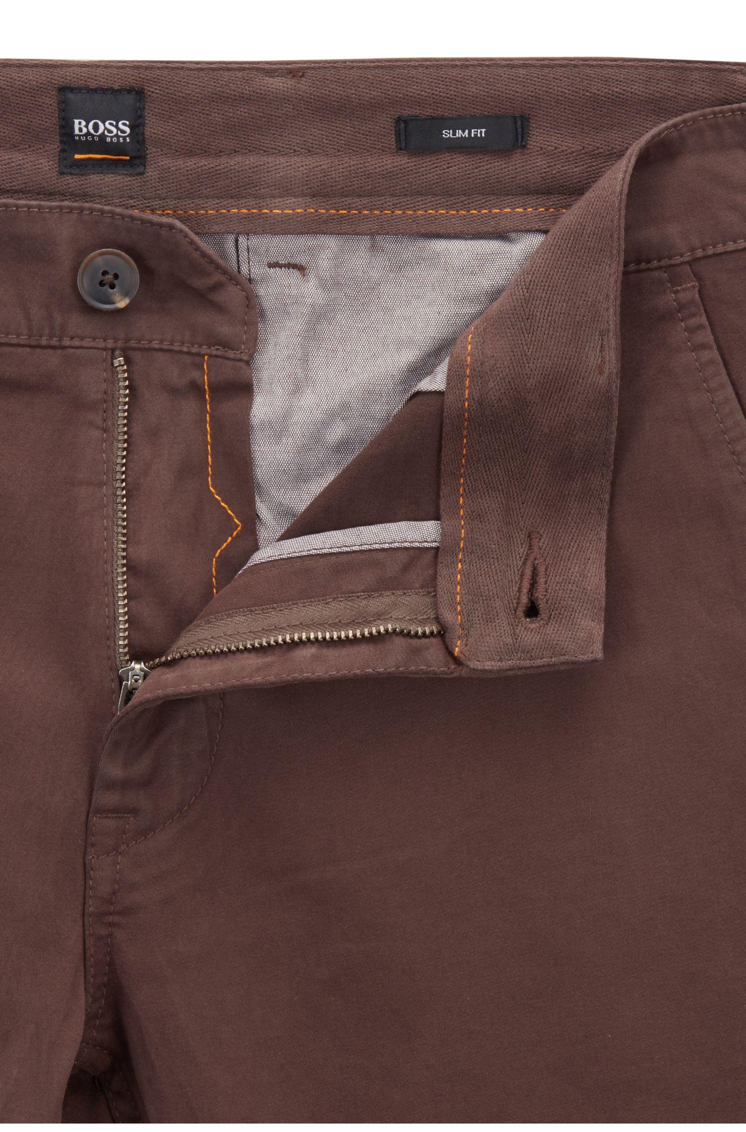 Chino casual Slim Fit en coton stretch brossé, Marron foncé