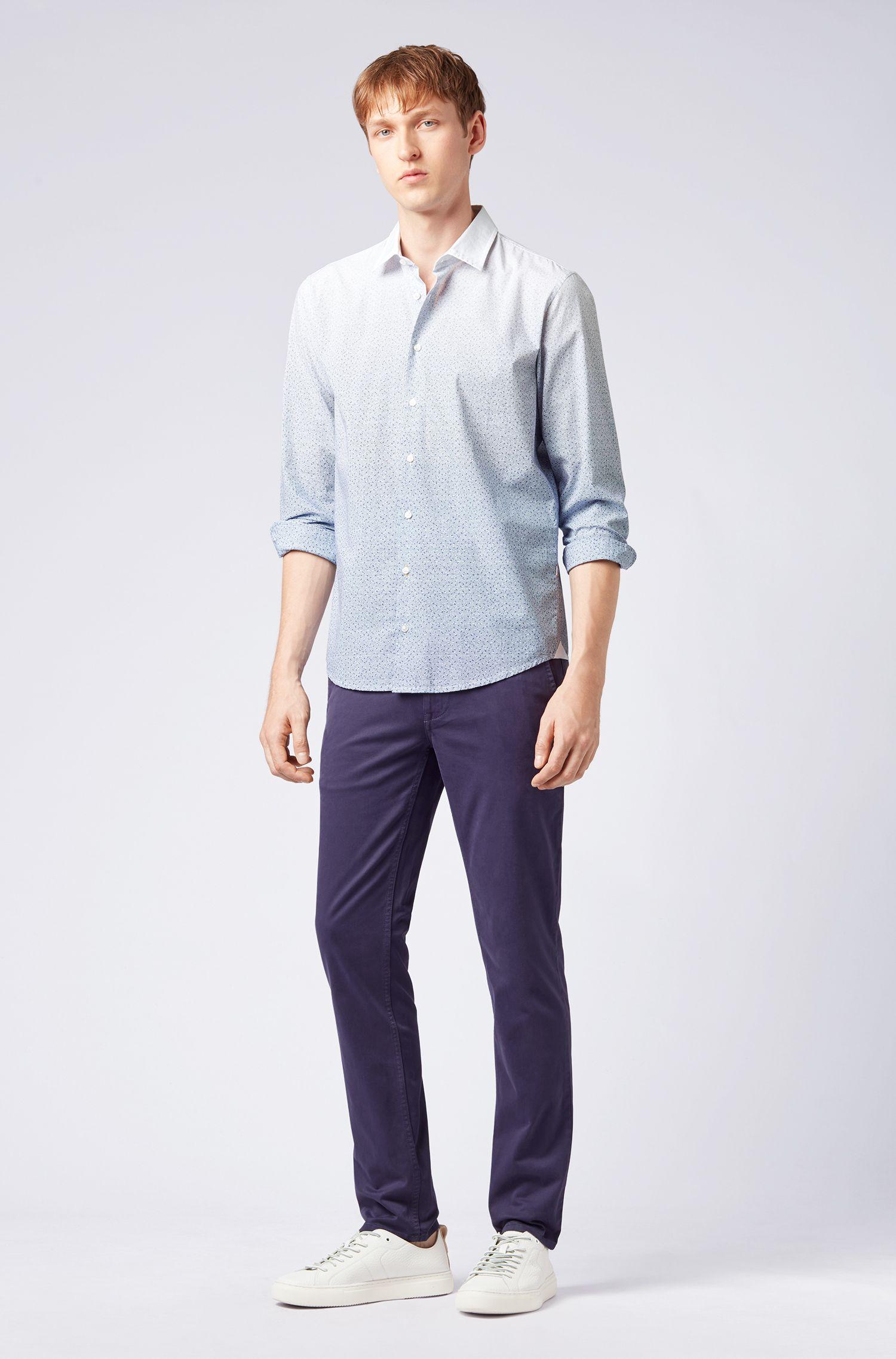 Slim-Fit Casual-Chino aus angerauter Stretch-Baumwolle, Blau