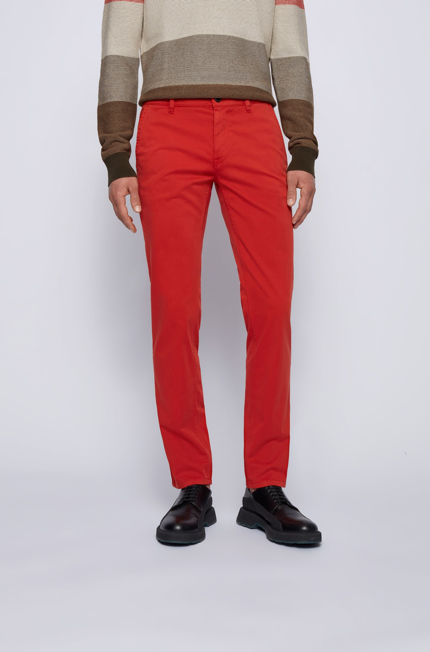 Slim-Fit Casual-Chino aus angerauter Stretch-Baumwolle, Rot