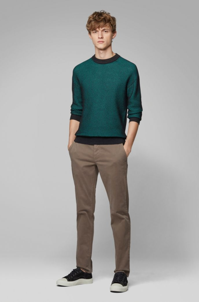 Regular-Fit Casual-Chino aus angerauter Stretch-Baumwolle