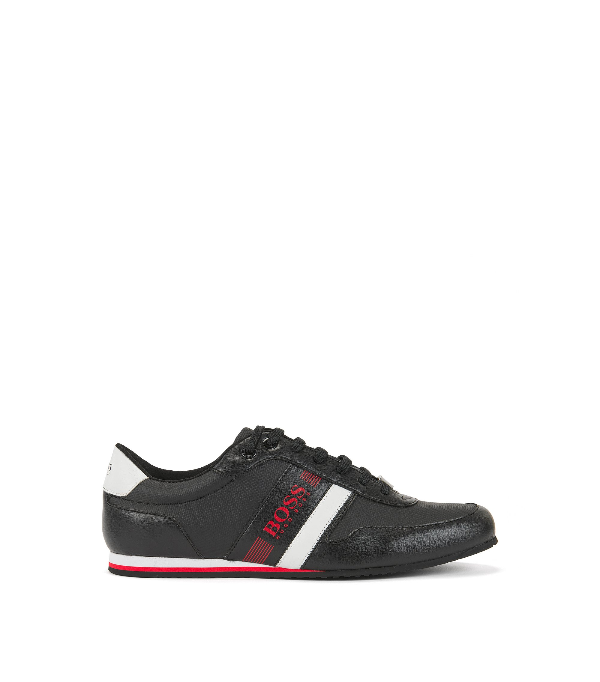 Sneakers low-top ultraleggere in tela rivestita, Nero