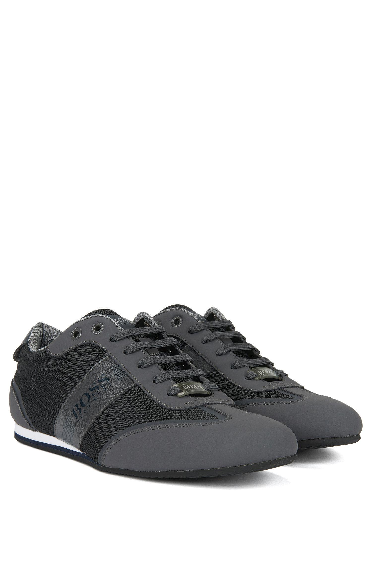 Sneakers low-top in tessuto tecnico con dettagli a coda di rondine in similpelle effetto nabuk