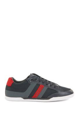 Baskets style chaussures de tennis avec garnitures en daim, Gris sombre