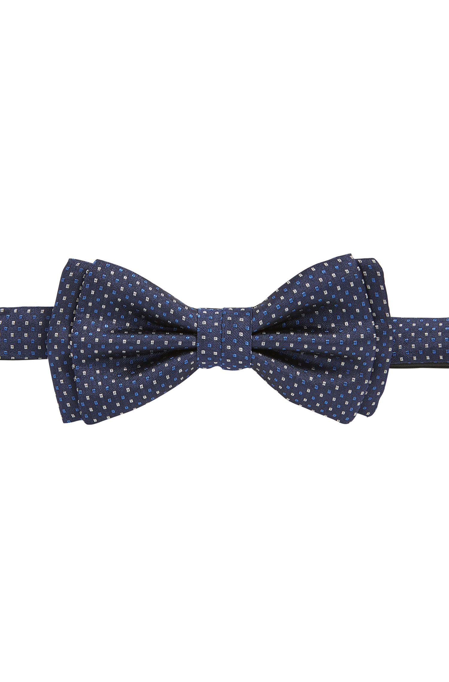 Micro-pattern bow tie in rich silk