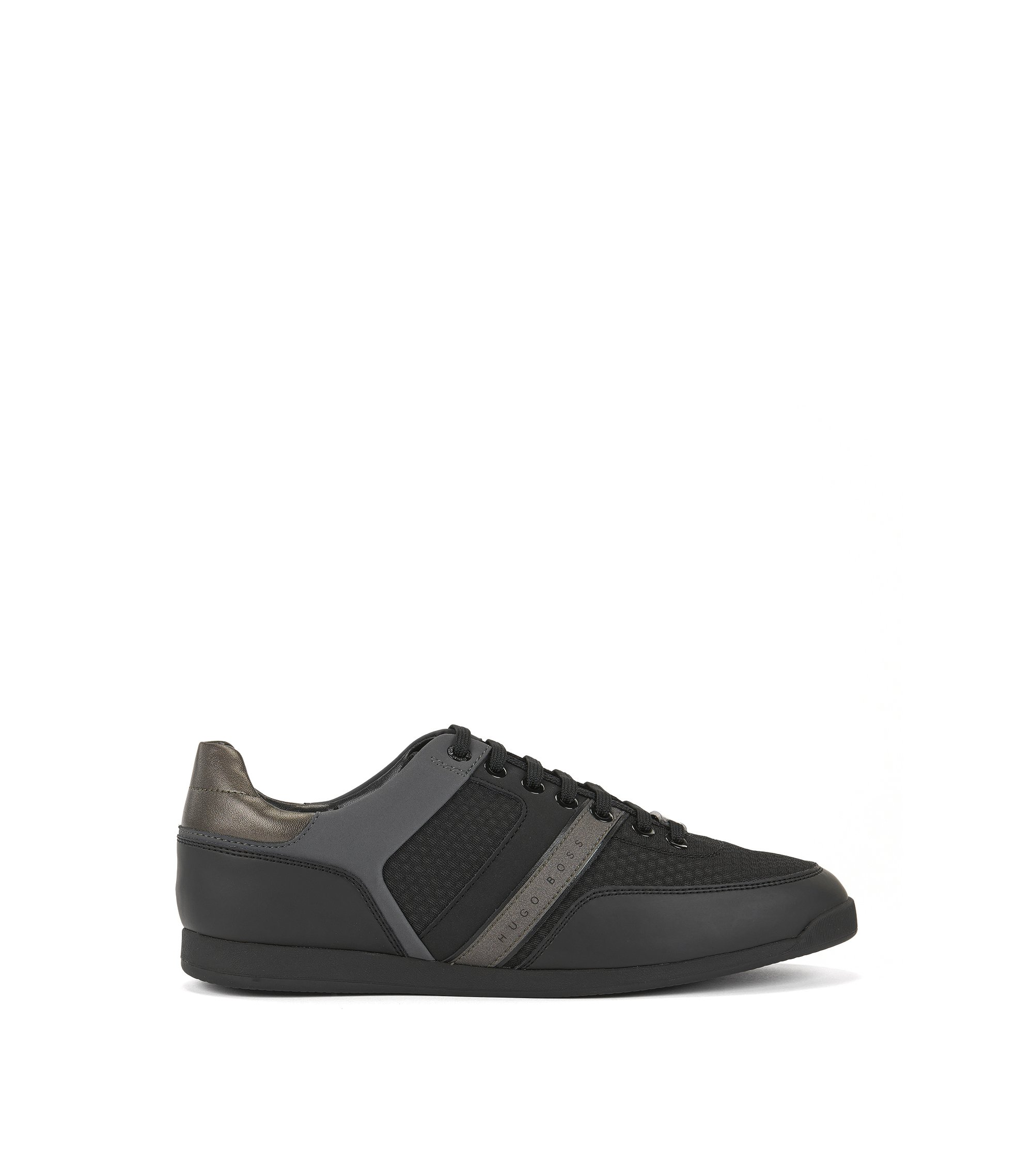 Low-top trainers with 3D mesh uppers, Black