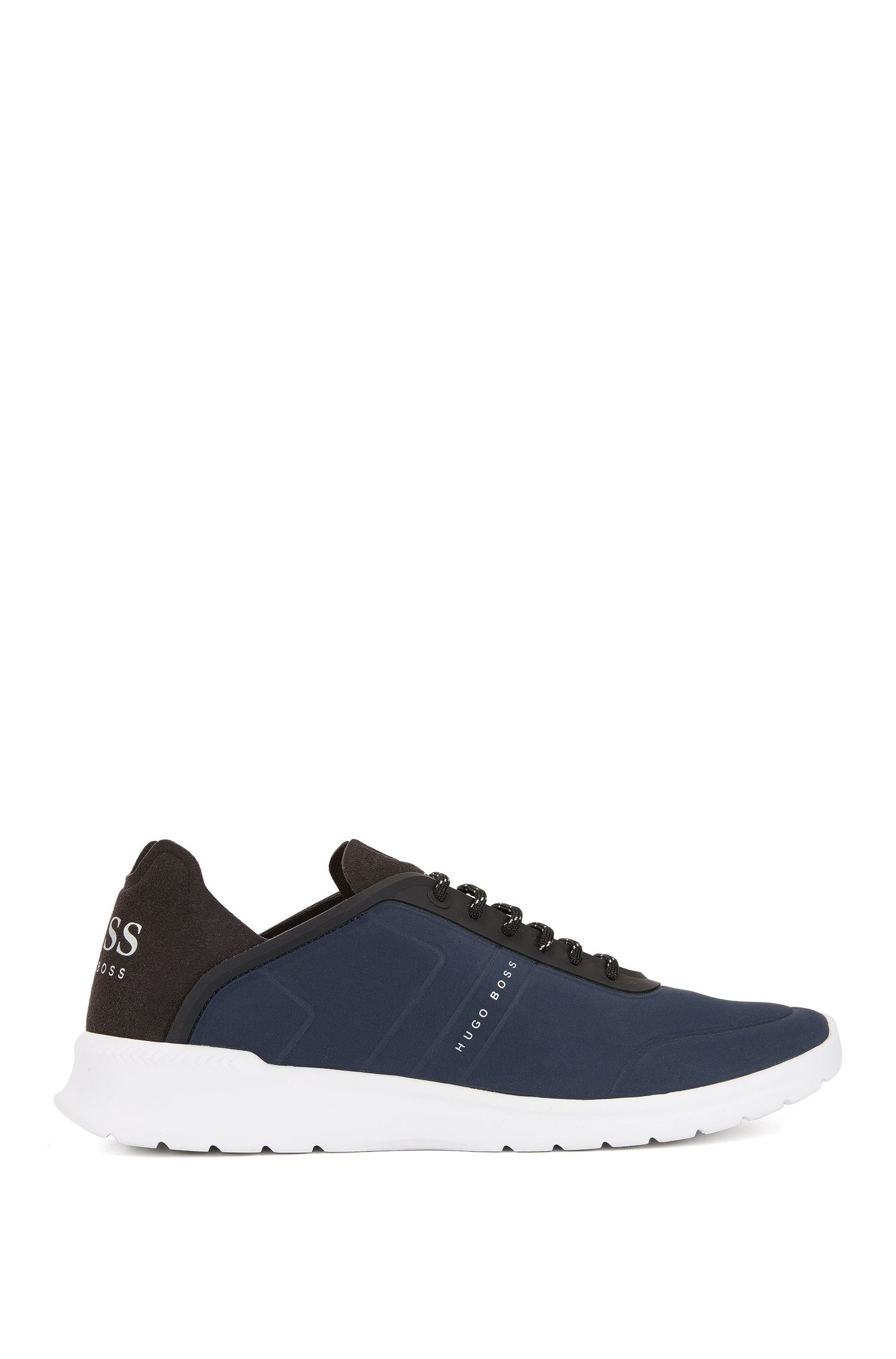 Sneakers low-top stringate con tomaia goffrata effetto nabuk