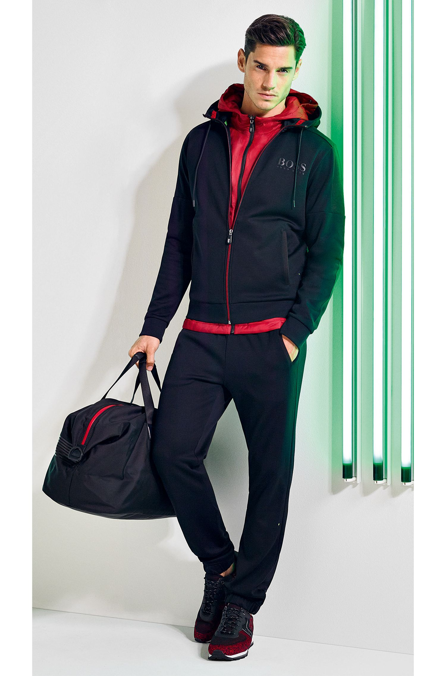 Weekender aus Nylon mit kontrastfarbenem Logo-Schriftzug