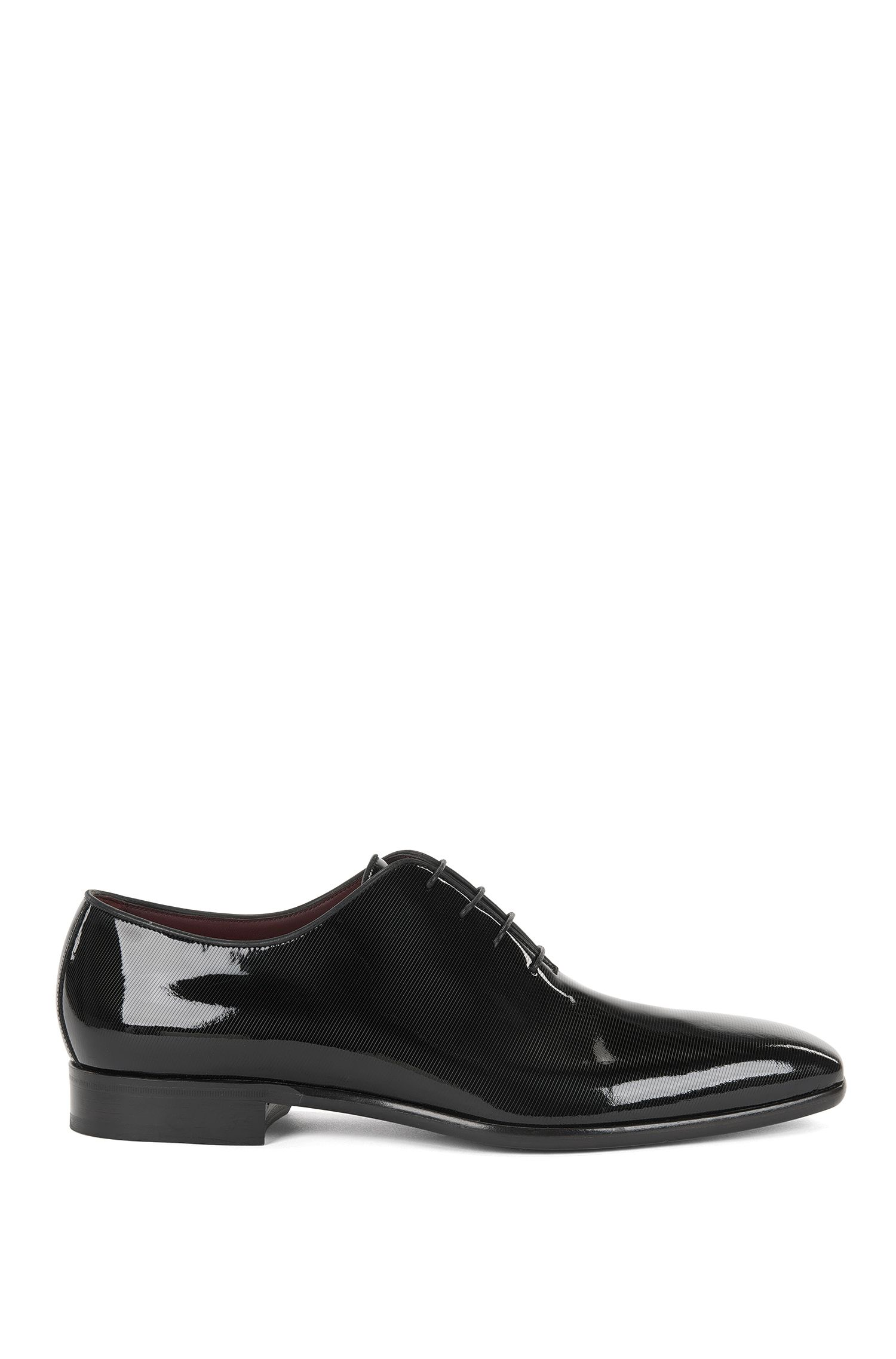 Oxford shoes in printed patent leather