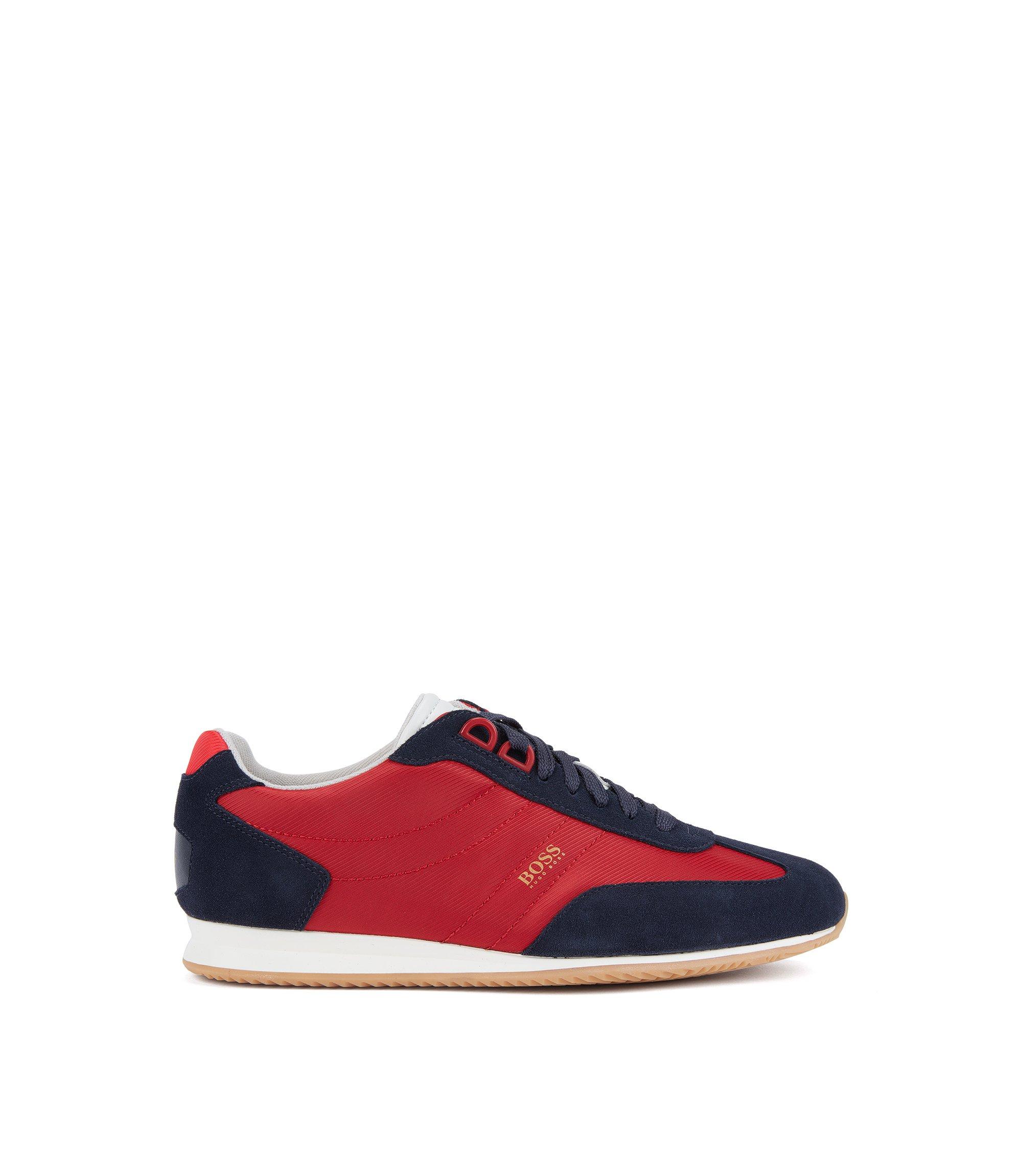 Sneakers low-top stringate in tessuto tecnico con parti in pelle scamosciata, Rosso