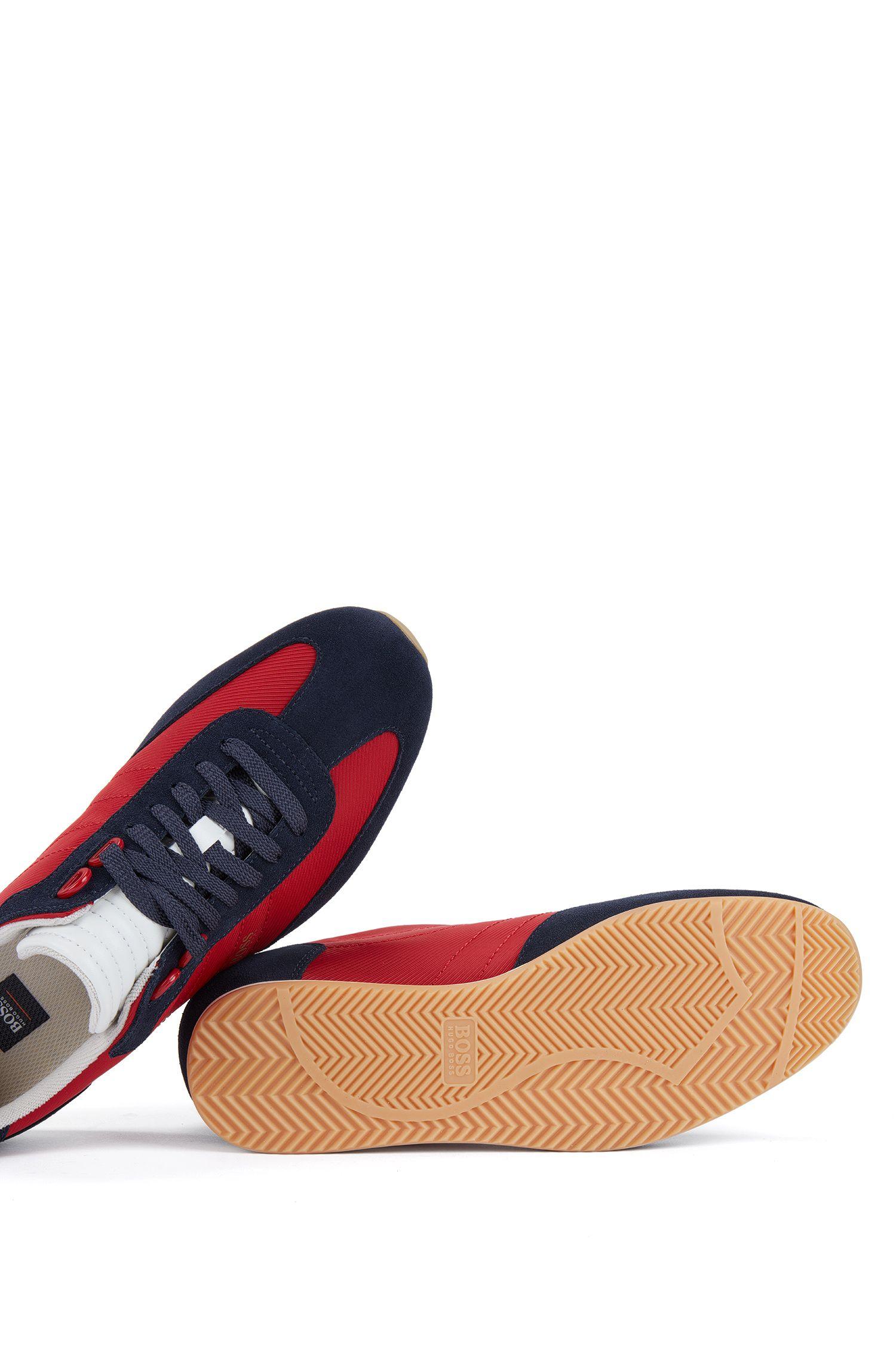 Sneakers aus Nylon mit Veloursleder-Details