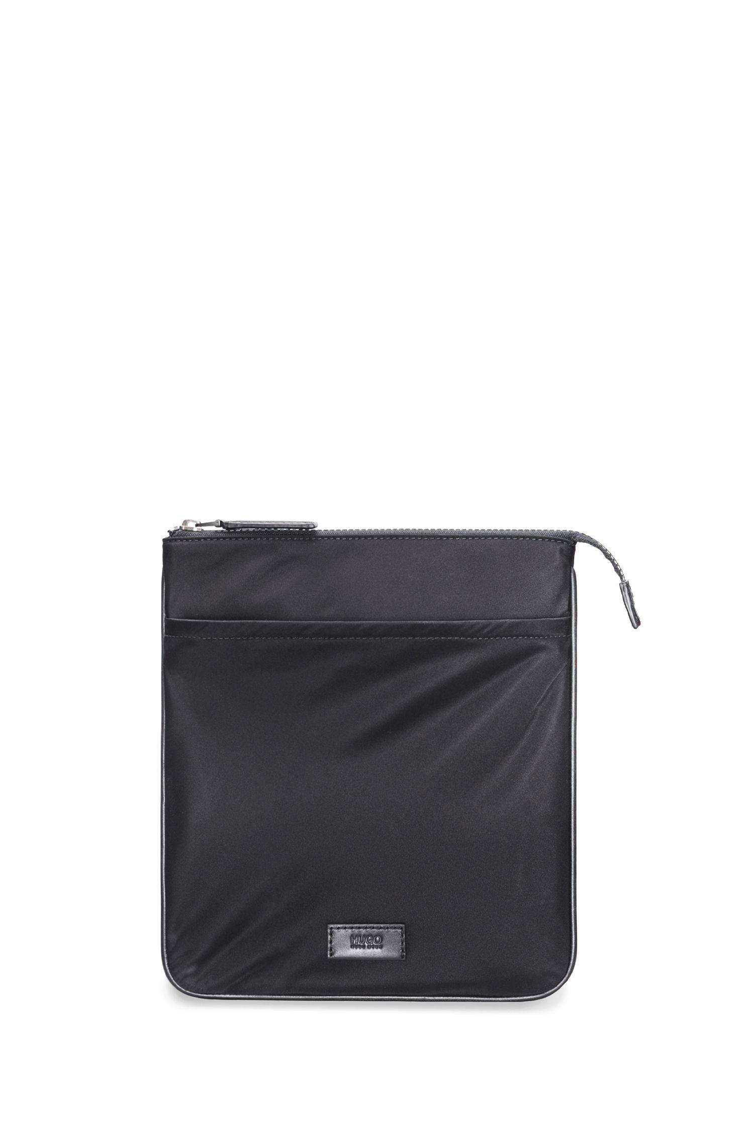 Envelope bag in gabardine nylon with leather trims
