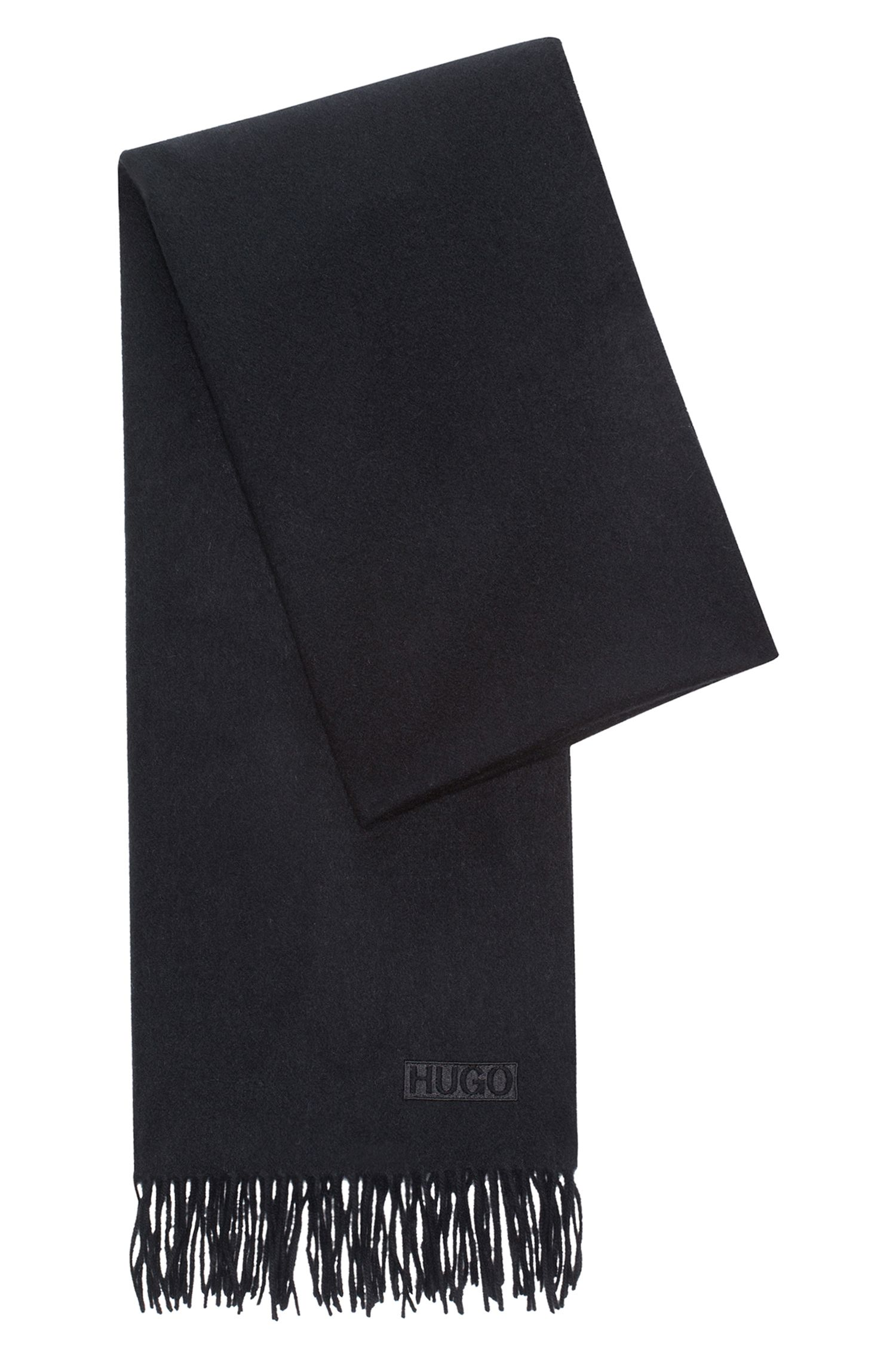Schal aus gebürsteter Wolle mit Fransen