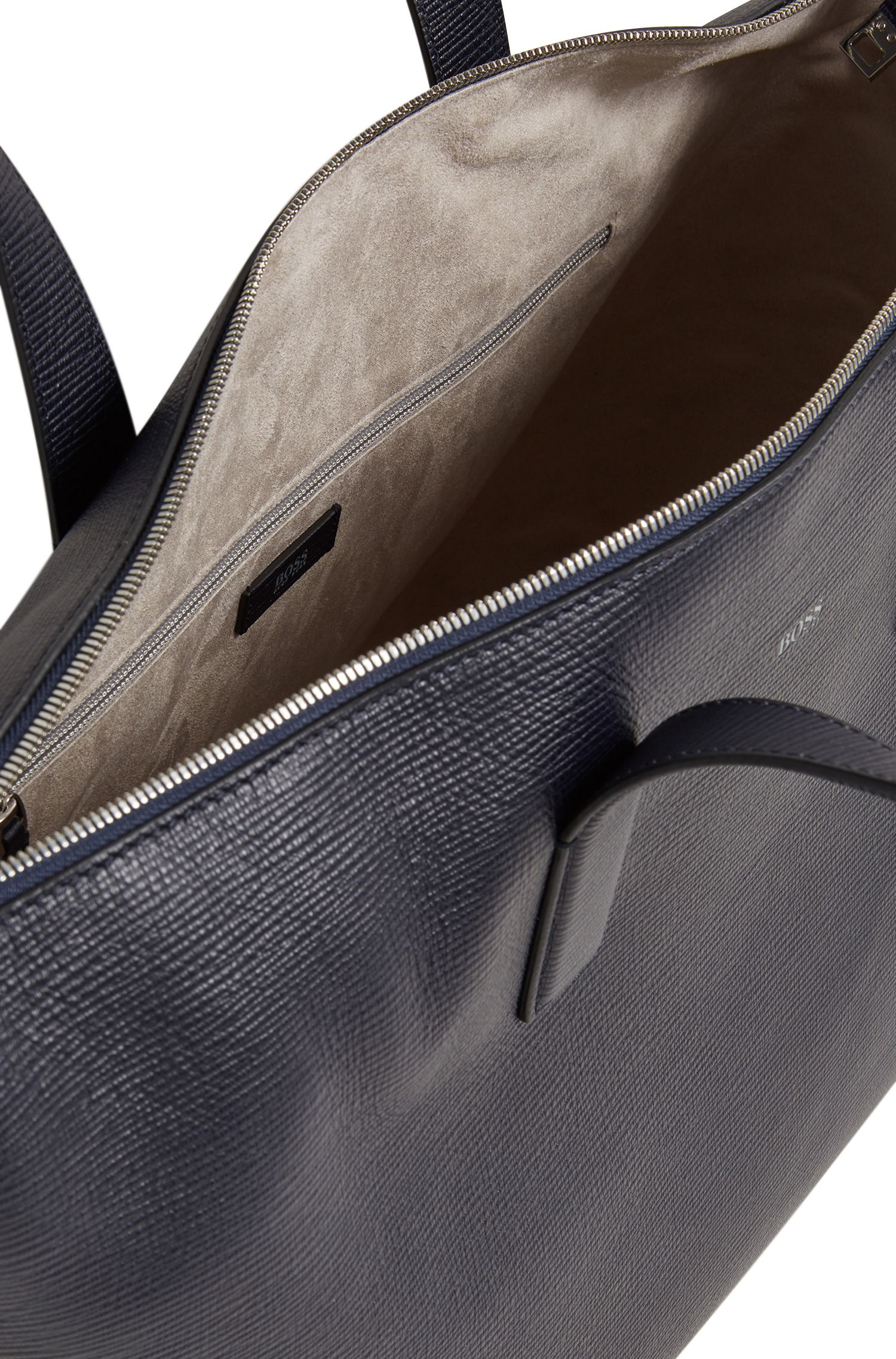 Amplio bolso weekender en piel estampada con cremallera bidireccional