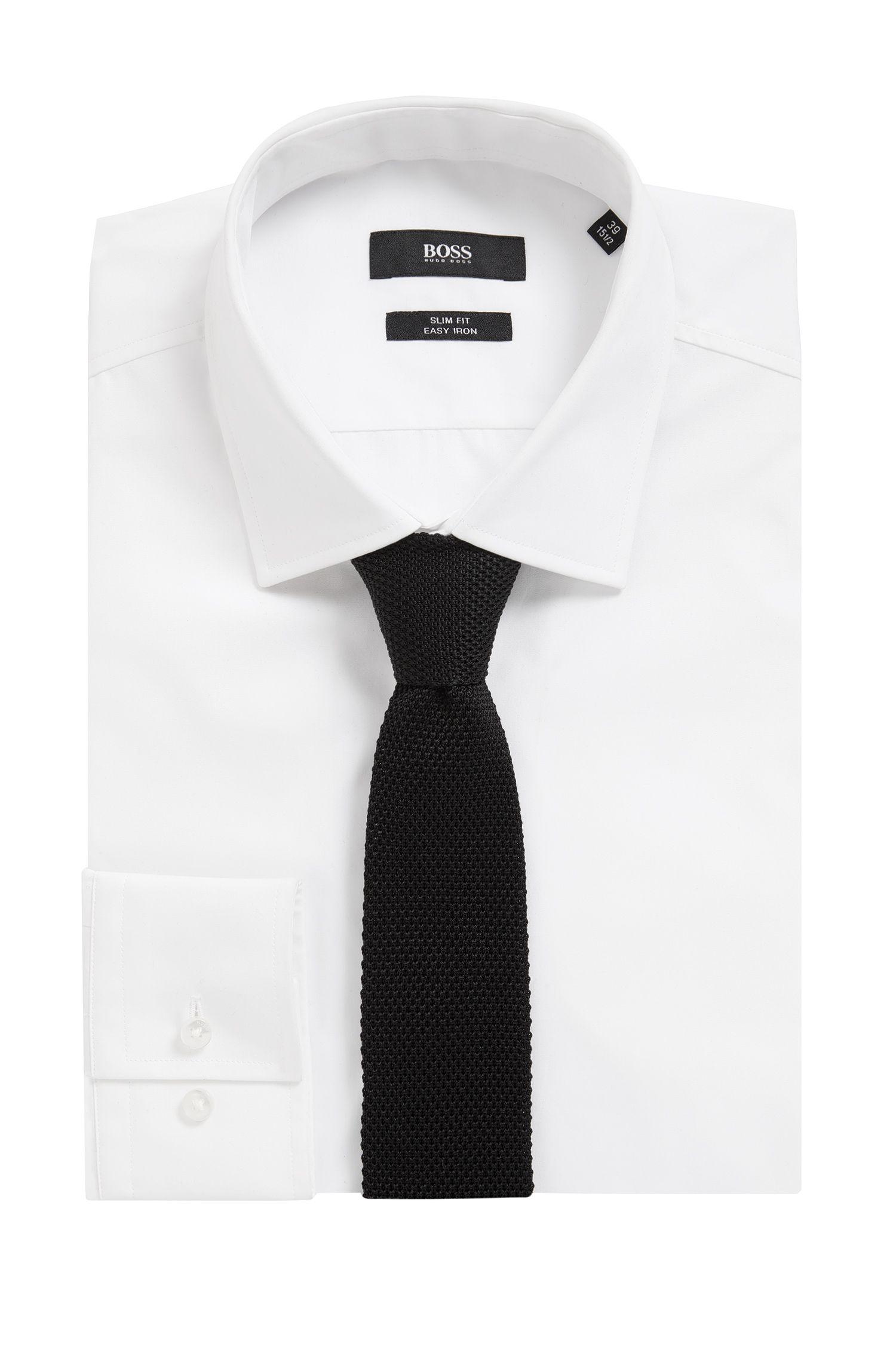 Cravate droite en soie tricotée