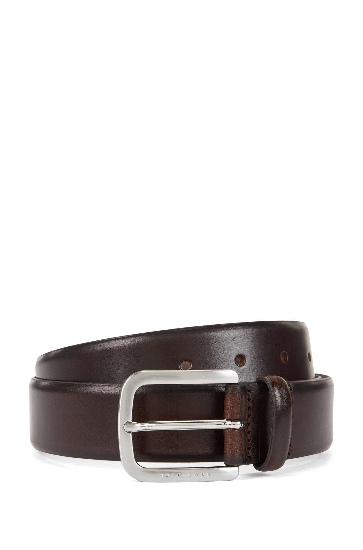 Belt in hand-brushed leather