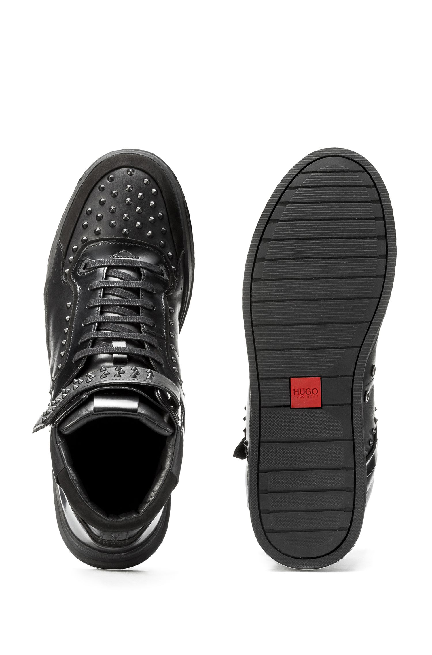 Hoge sneakers van nappaleer met studs