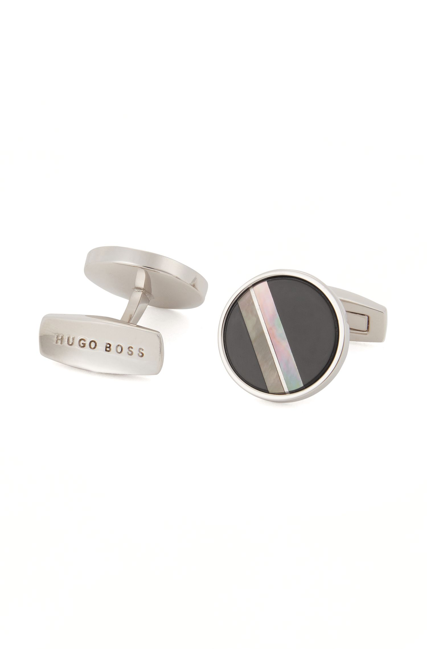 Round cufflinks with mother-of-pearl and black onyx