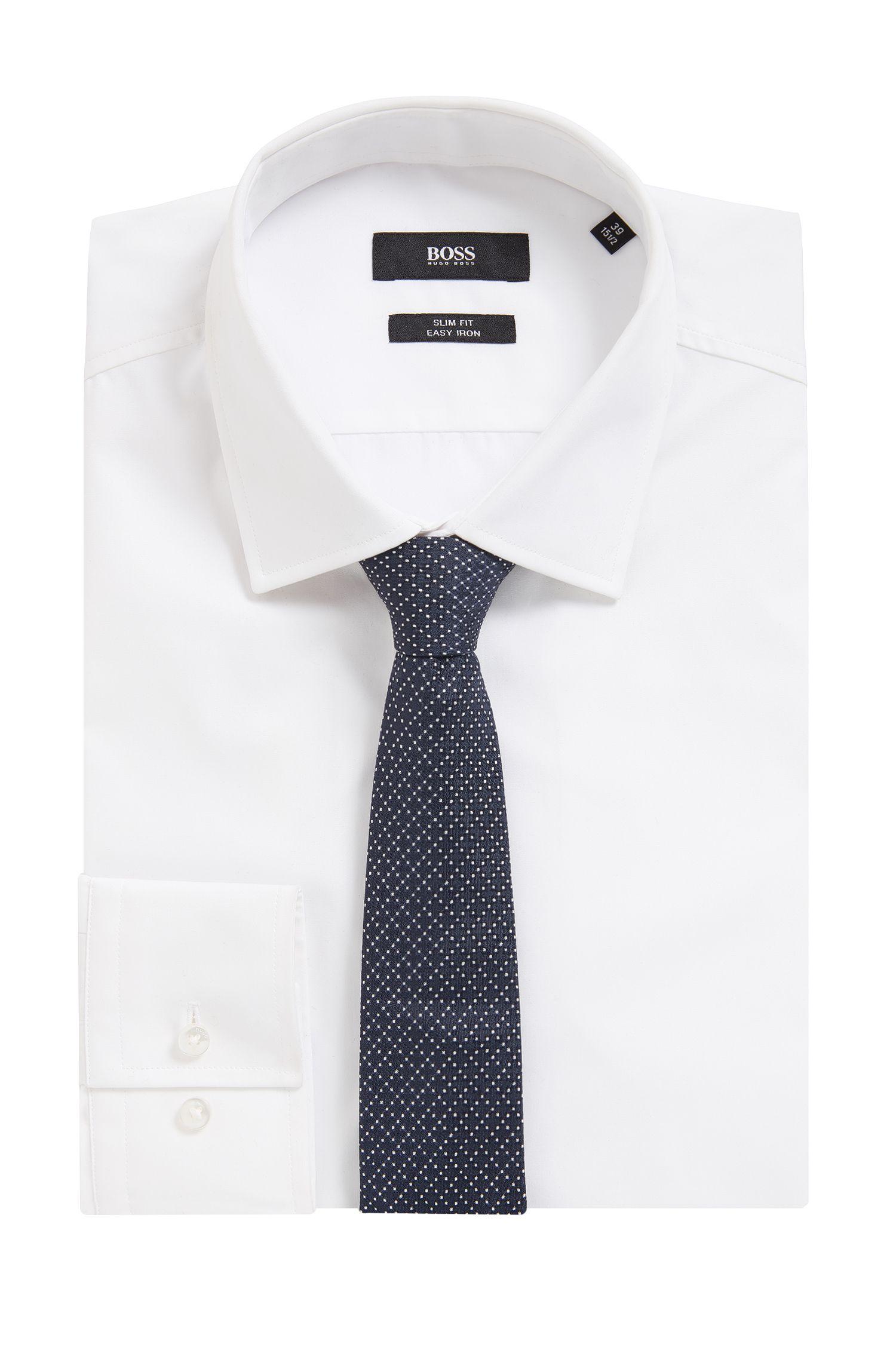 Patterned tie in yarn-dyed silk jacquard