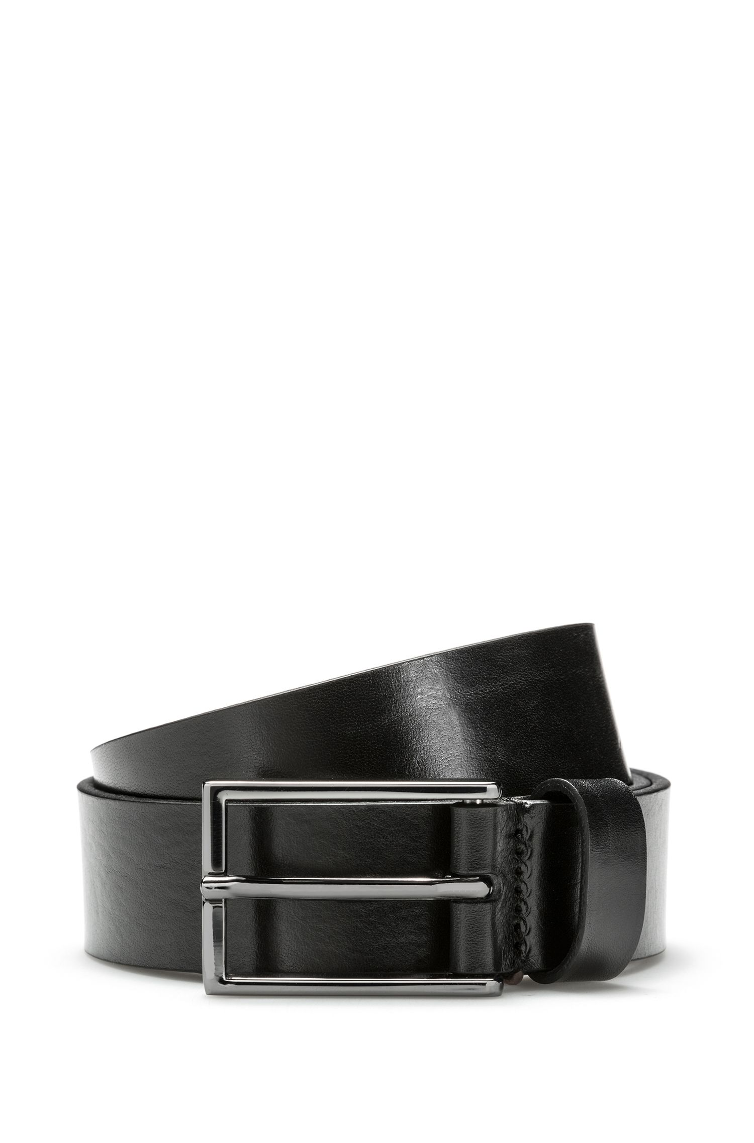 Leather belt with reverse logo embossing