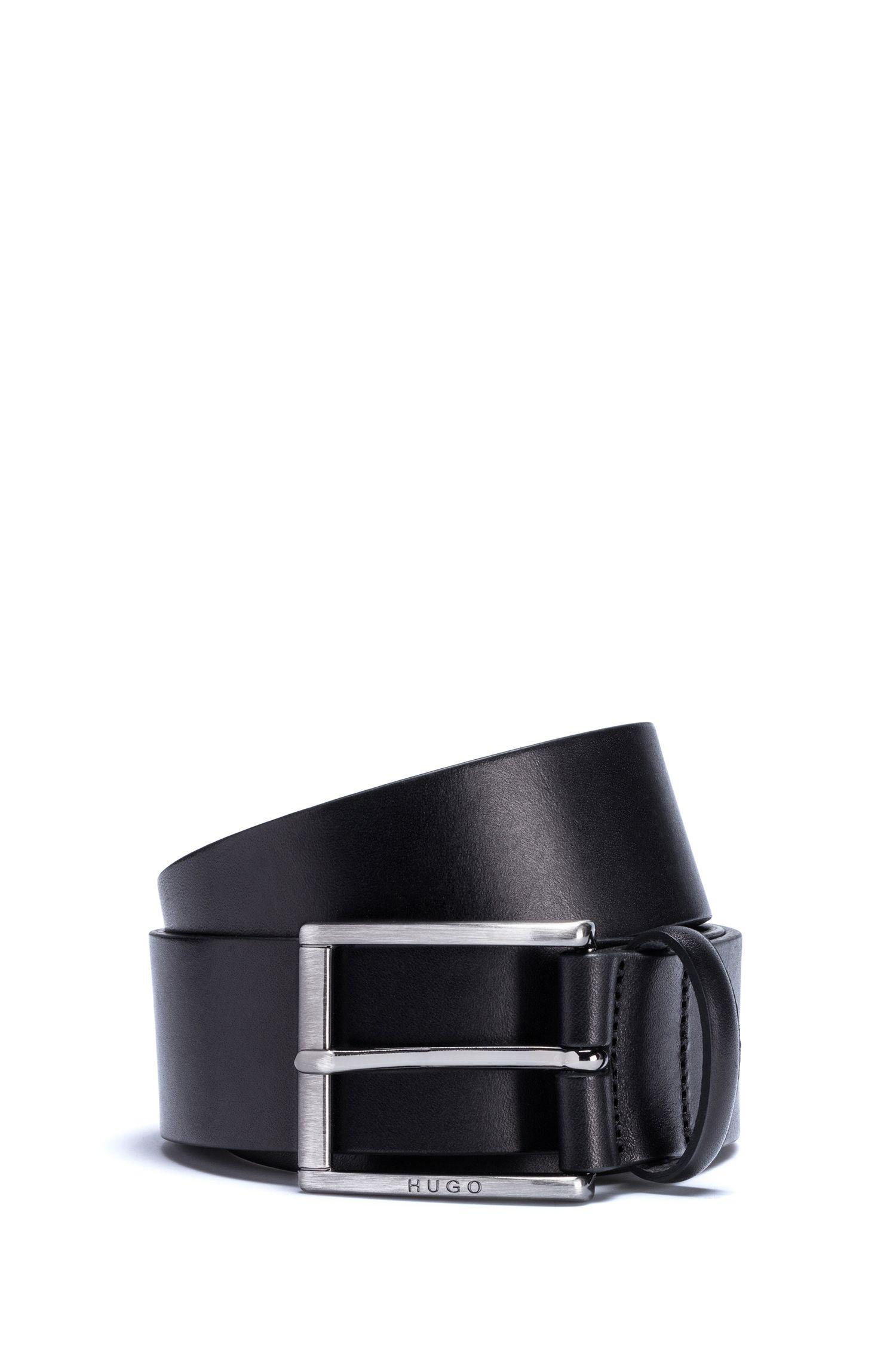 Cinturón de piel con hebilla rectangular en metal cepillado