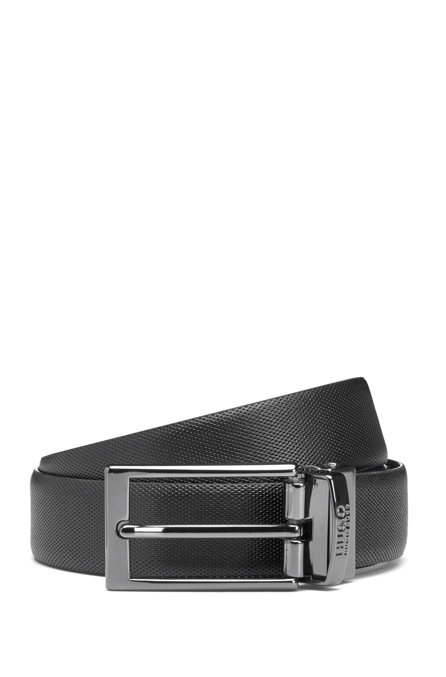 Reversible leather belt with a slimline buckle