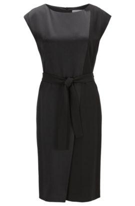 Asymmetrische, mouwloze jurk van contrastmaterialen, Zwart