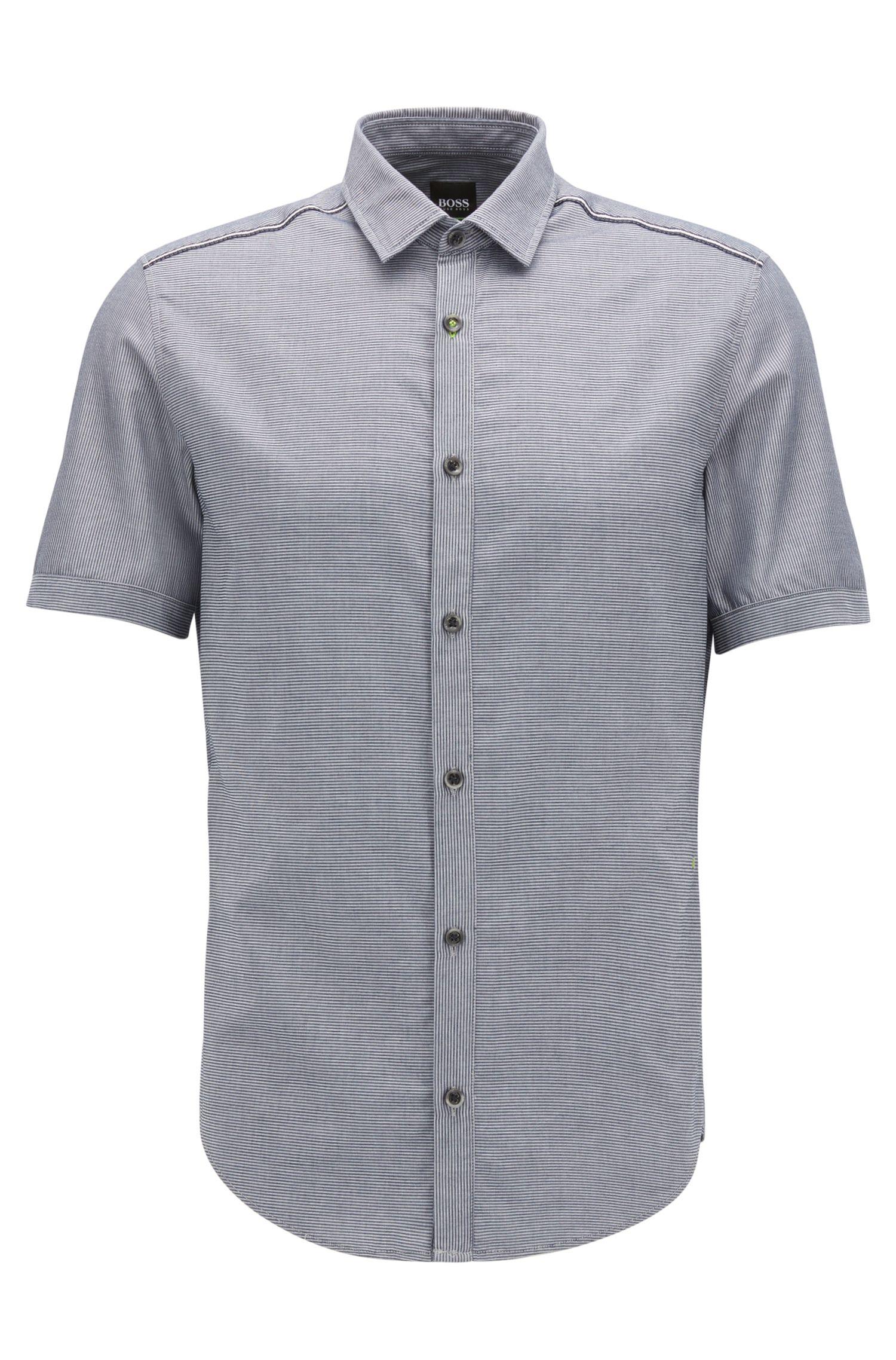 Slim-fit overhemd van vochtafvoerend katoen