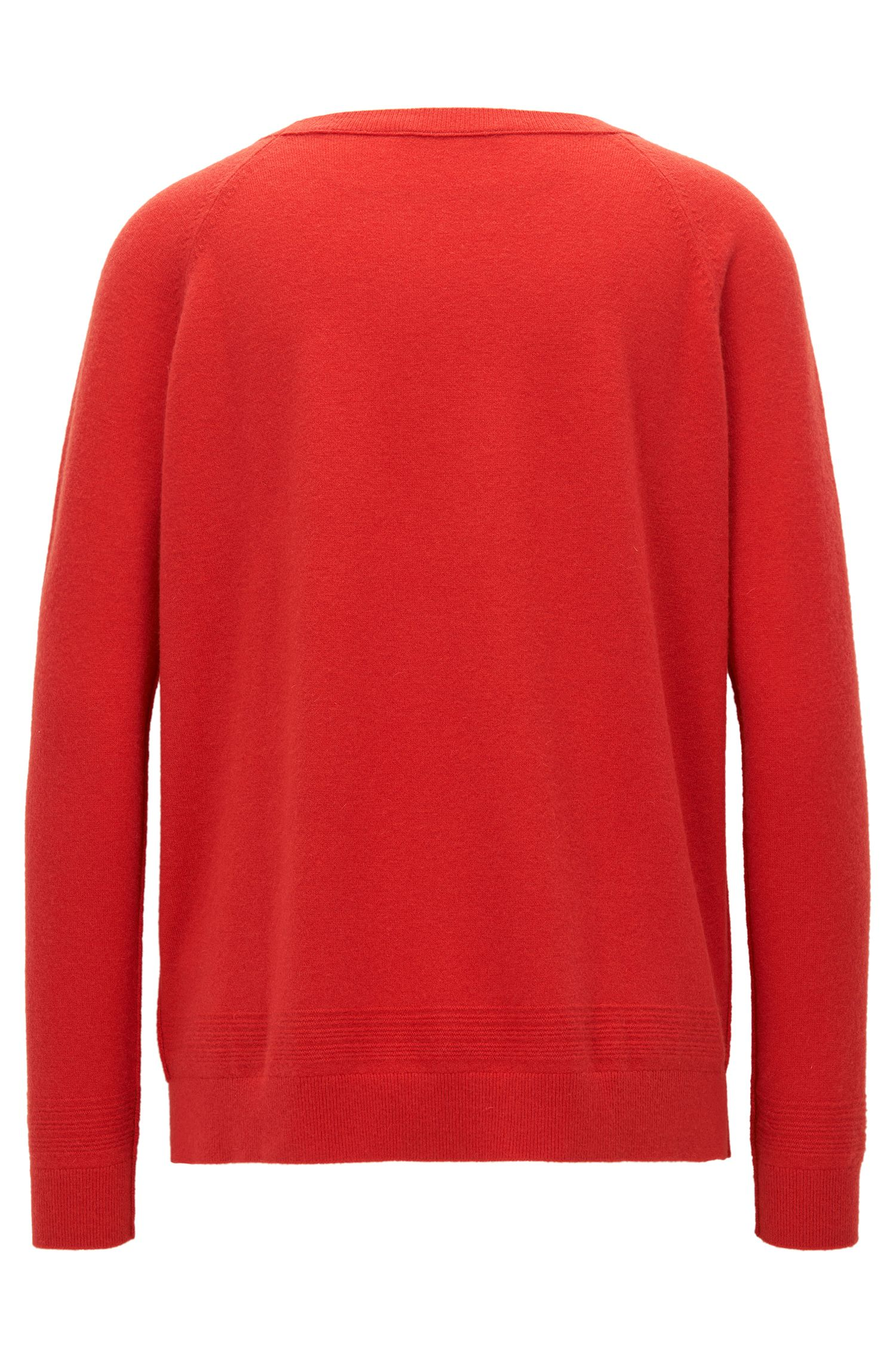 Raglan-sleeved sweater in a cashmere-wool blend