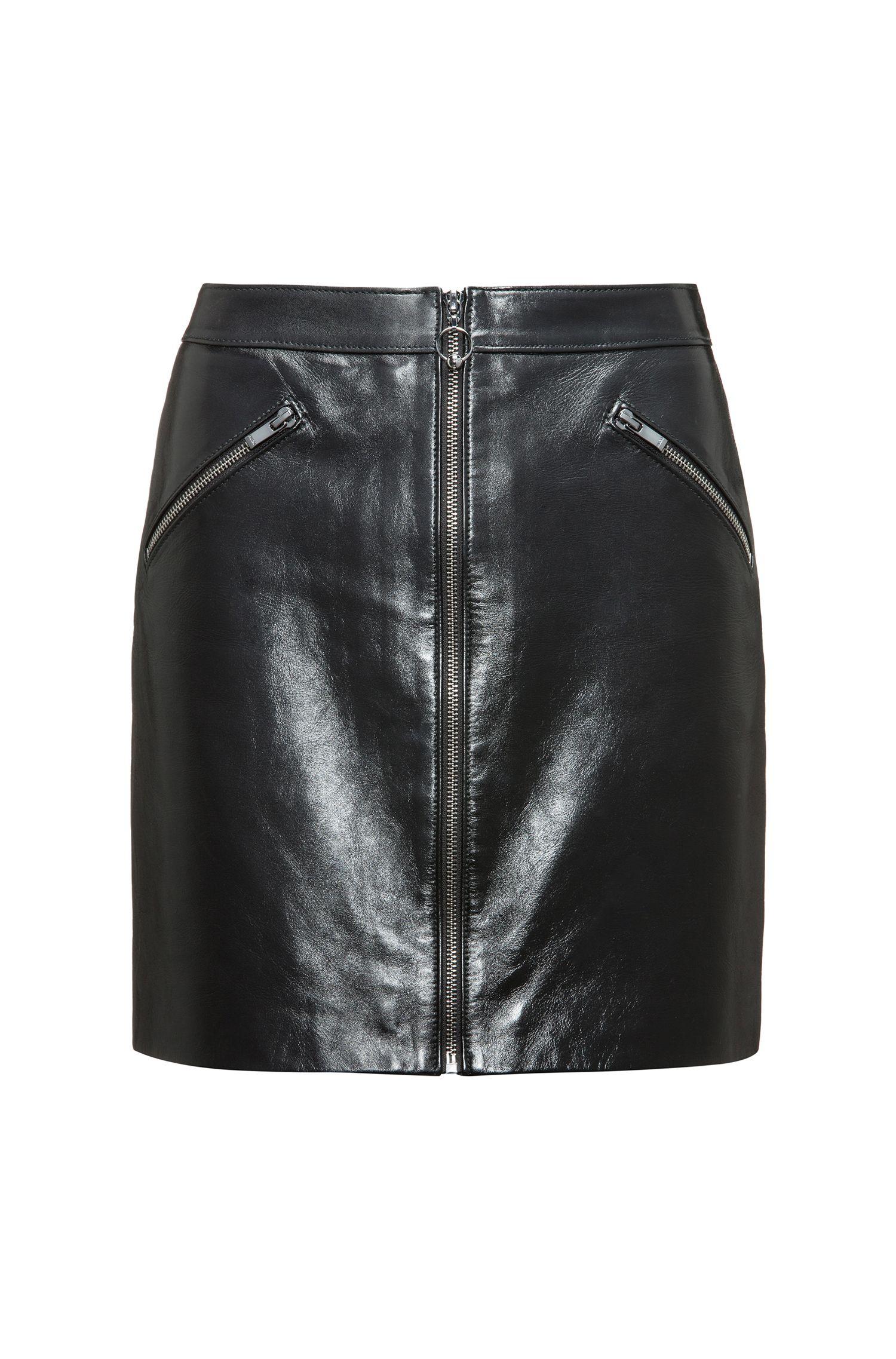 Jupe courte zippée sur le devant en cuir nappa très brillant