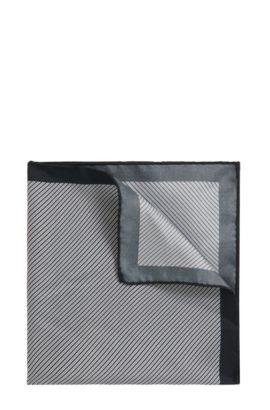 Diagonaal gestreepte pochet van zijde, Wit