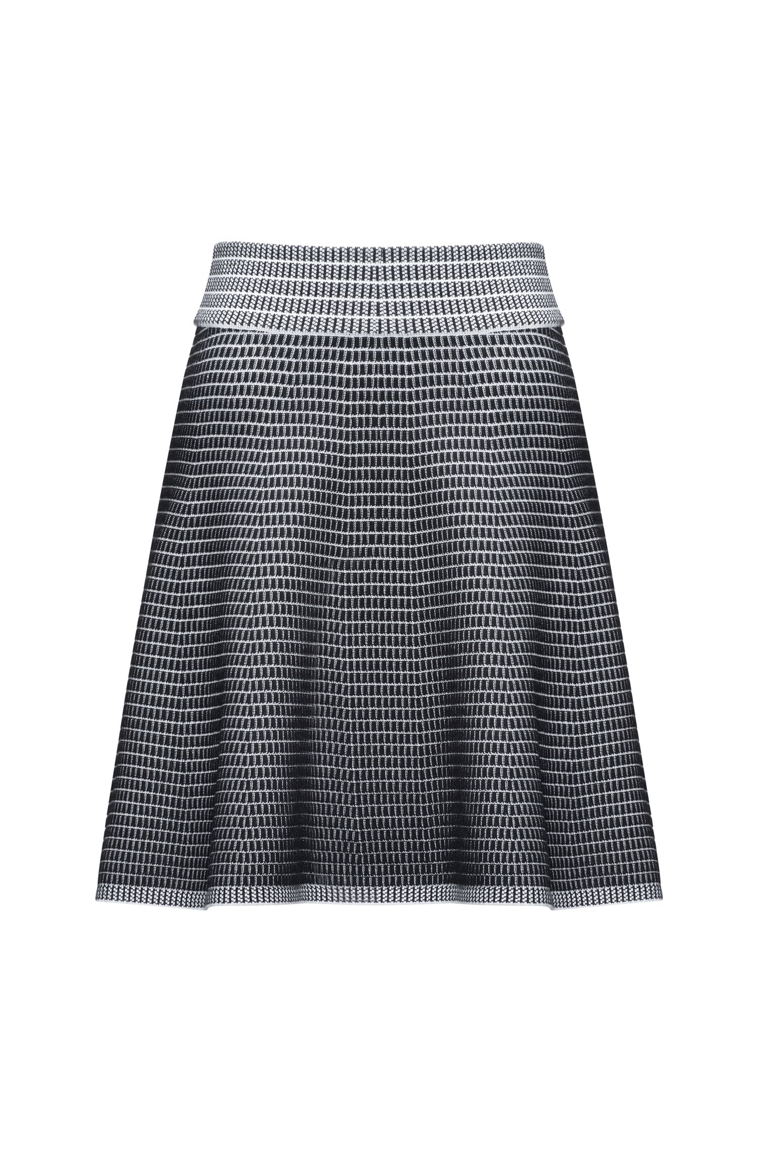 A-line skirt in super-stretch fabric
