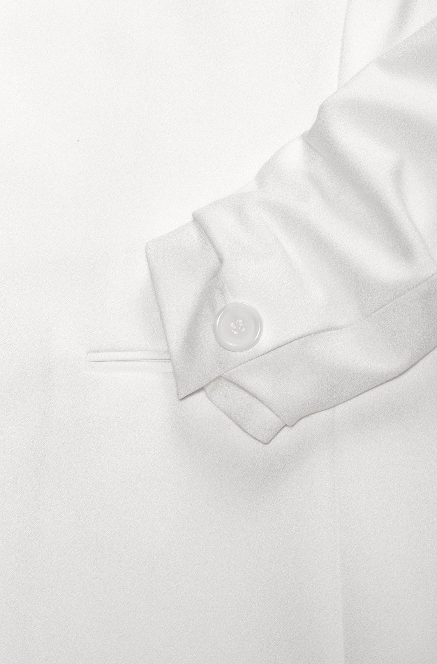 Chaqueta regular fit en tejido crepé con mangas fruncidas