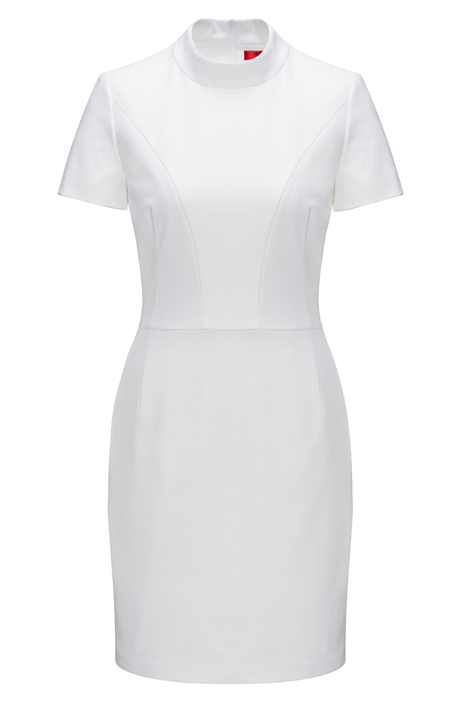 Tailliertes Kleid aus feinem Krepp mit Kragen