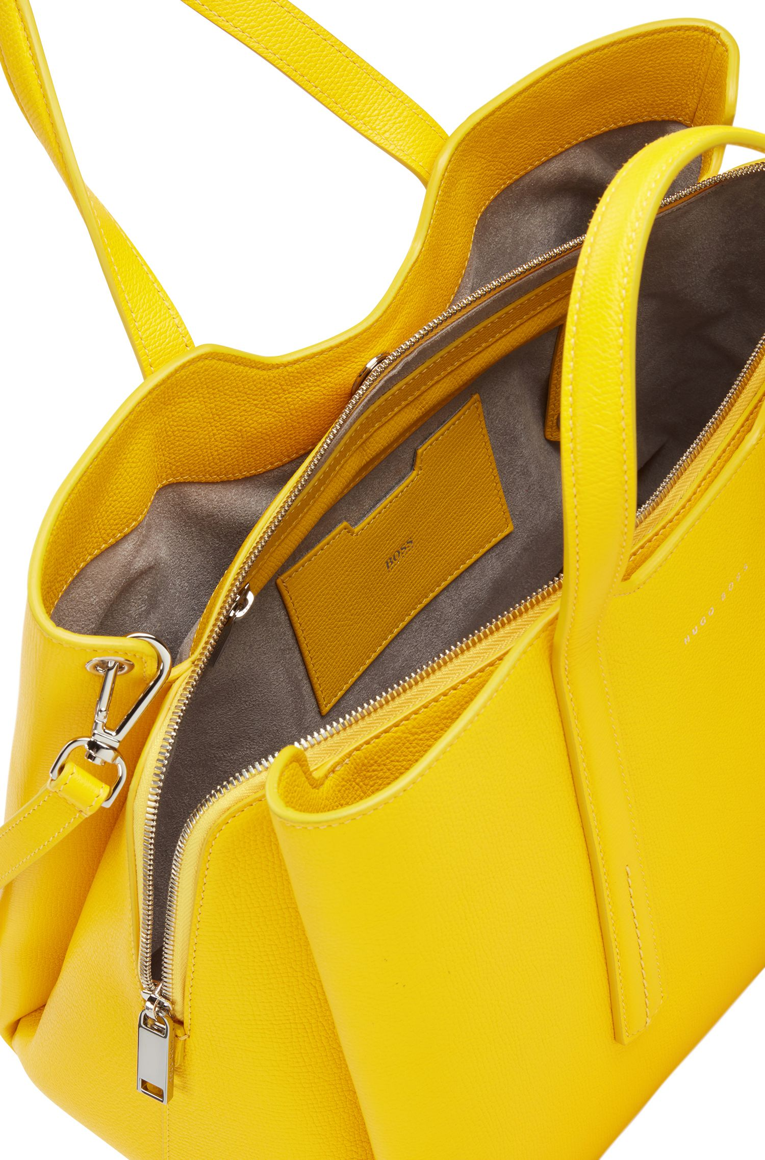 Tote bag in grained Italian leather