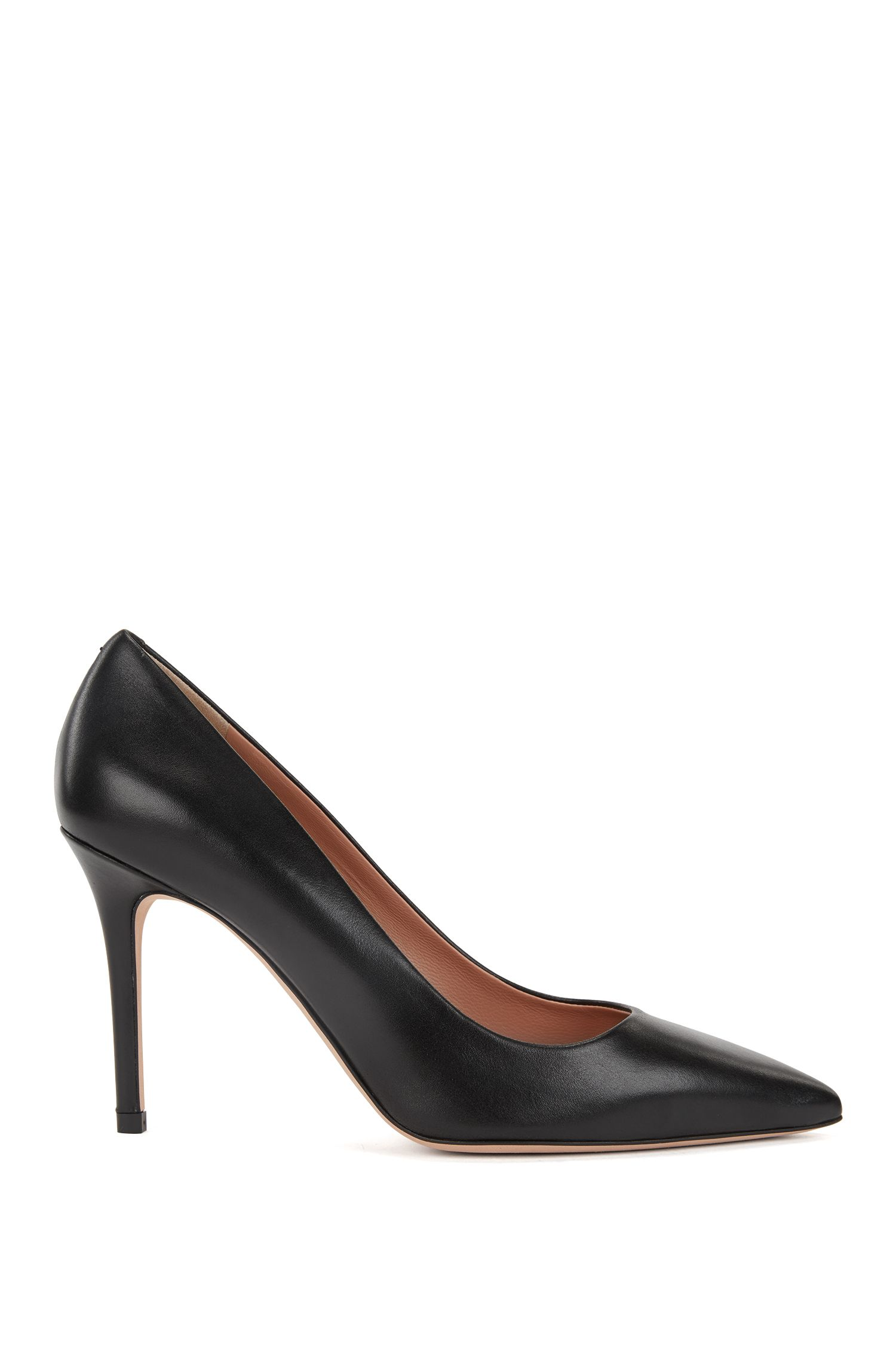 Pointed-toe court shoes in Italian leather, Black