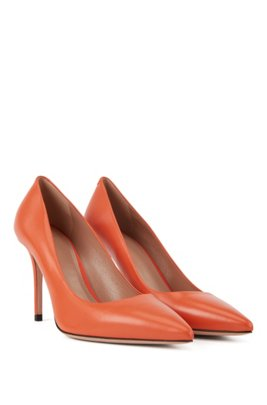 Pointed-toe court shoes in Italian leather, Orange
