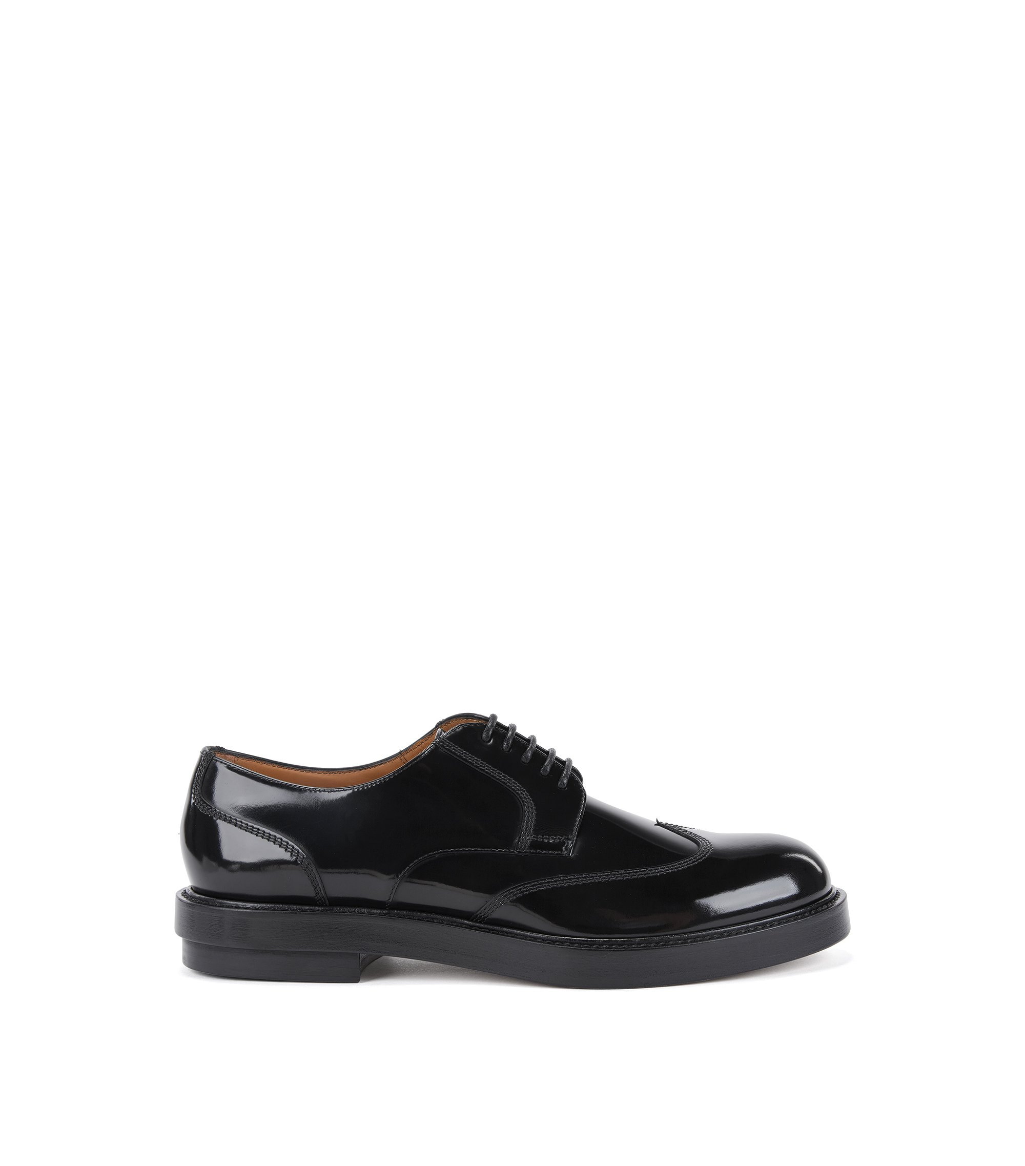 Wingtip Derby shoes in brush-off leather, Black