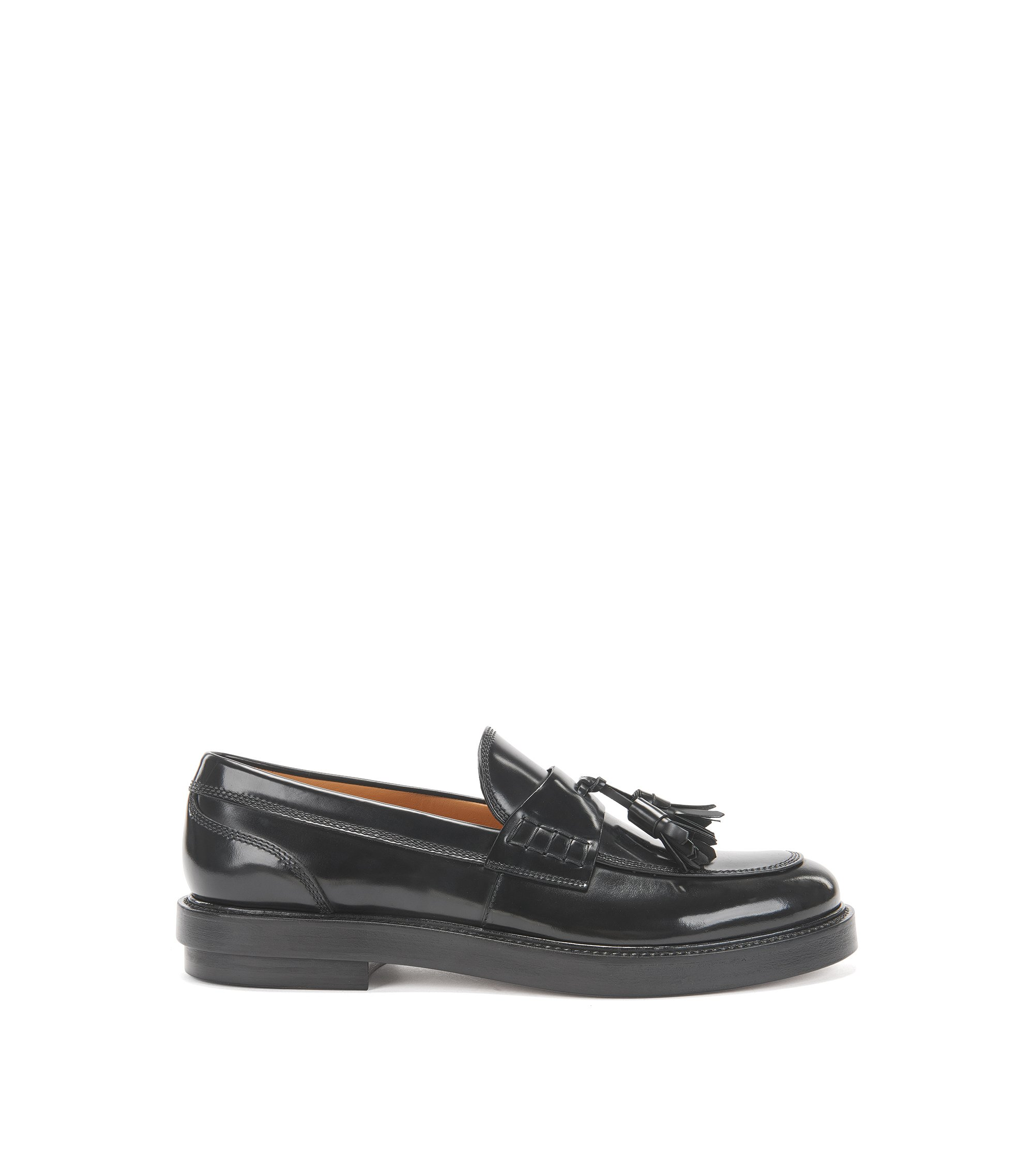Tassel loafers in brush-off leather, Black