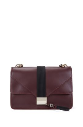 Shoulder bag in smooth Italian leather, Dark Red