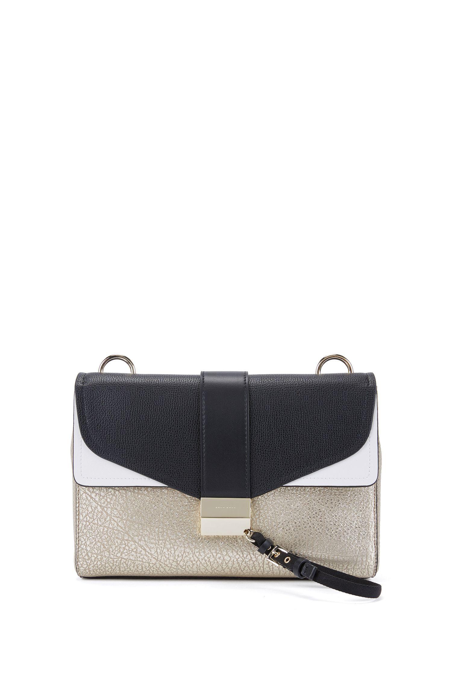 Shoulder bag in Italian leather