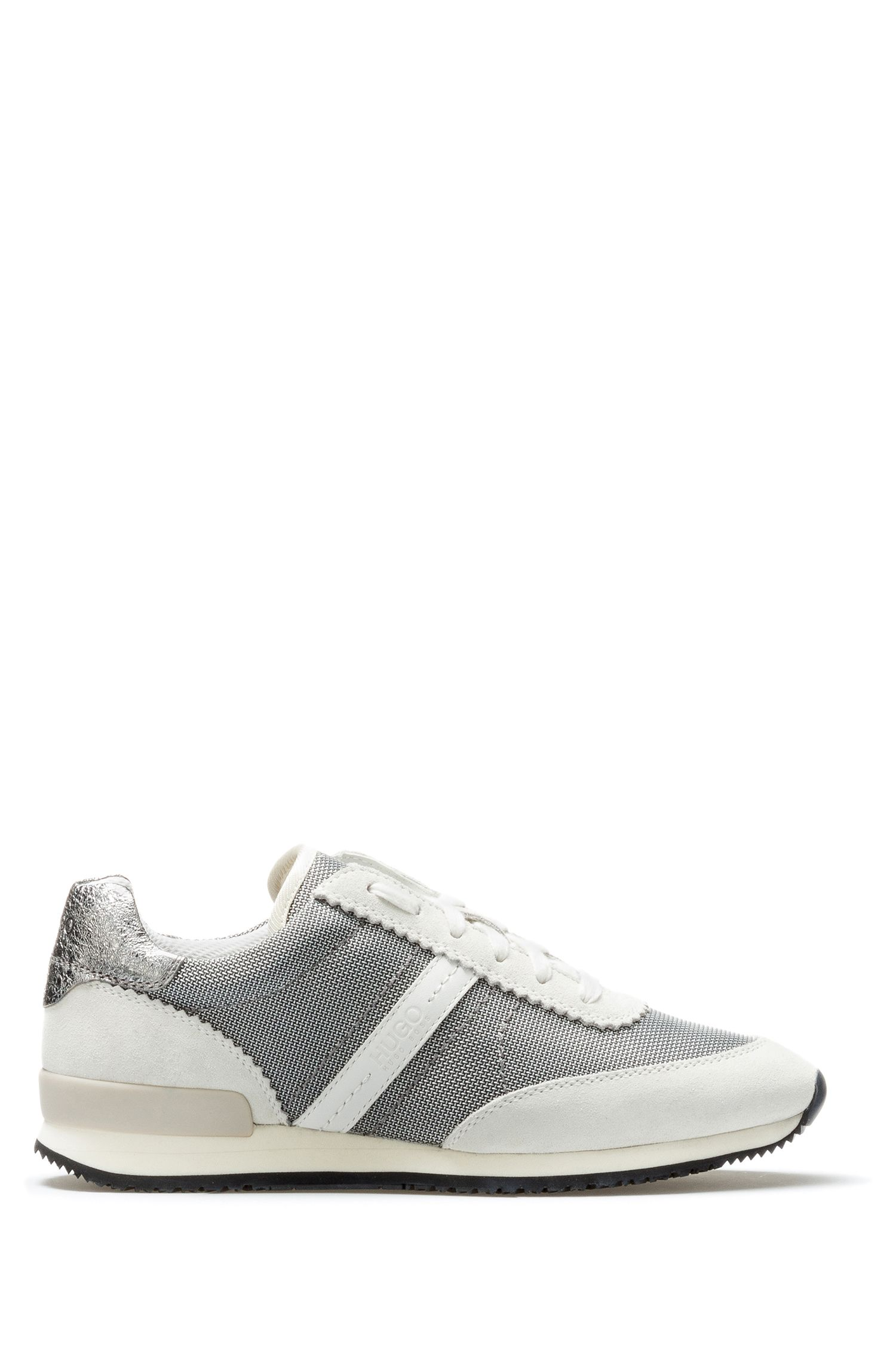 Low-top trainers in soft suede