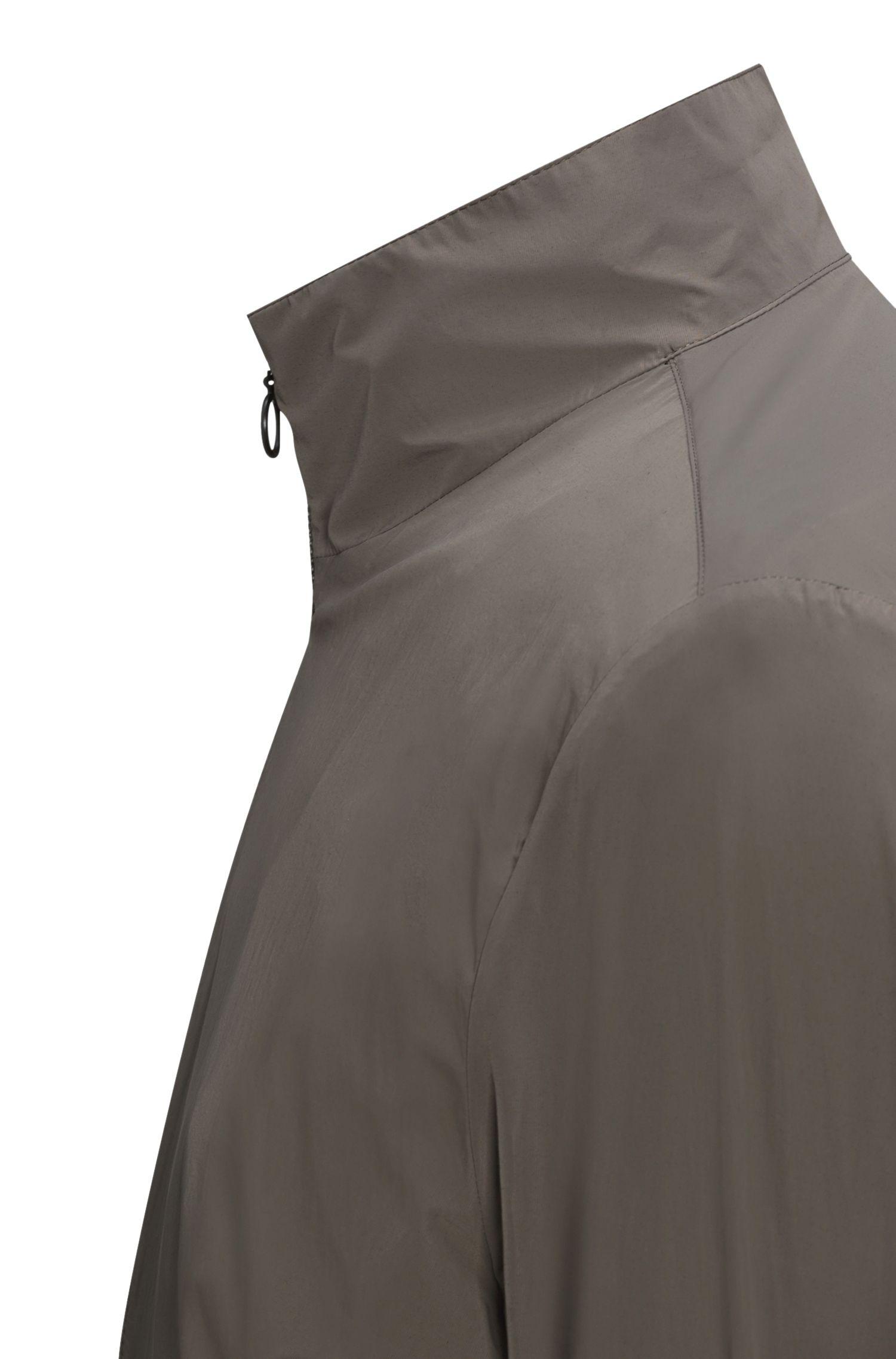 Veste en tissu technique, à col montant