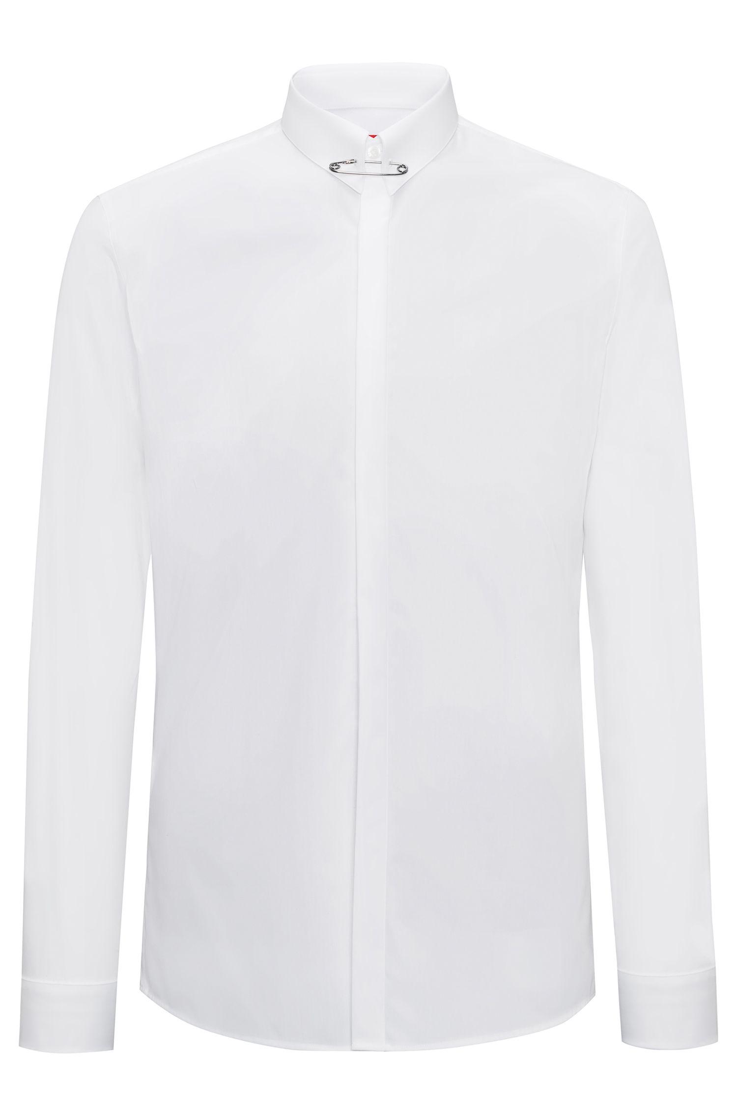 Extra Slim-Fit Hemd aus Baumwolle mit Sicherheitsnadel am Kragen