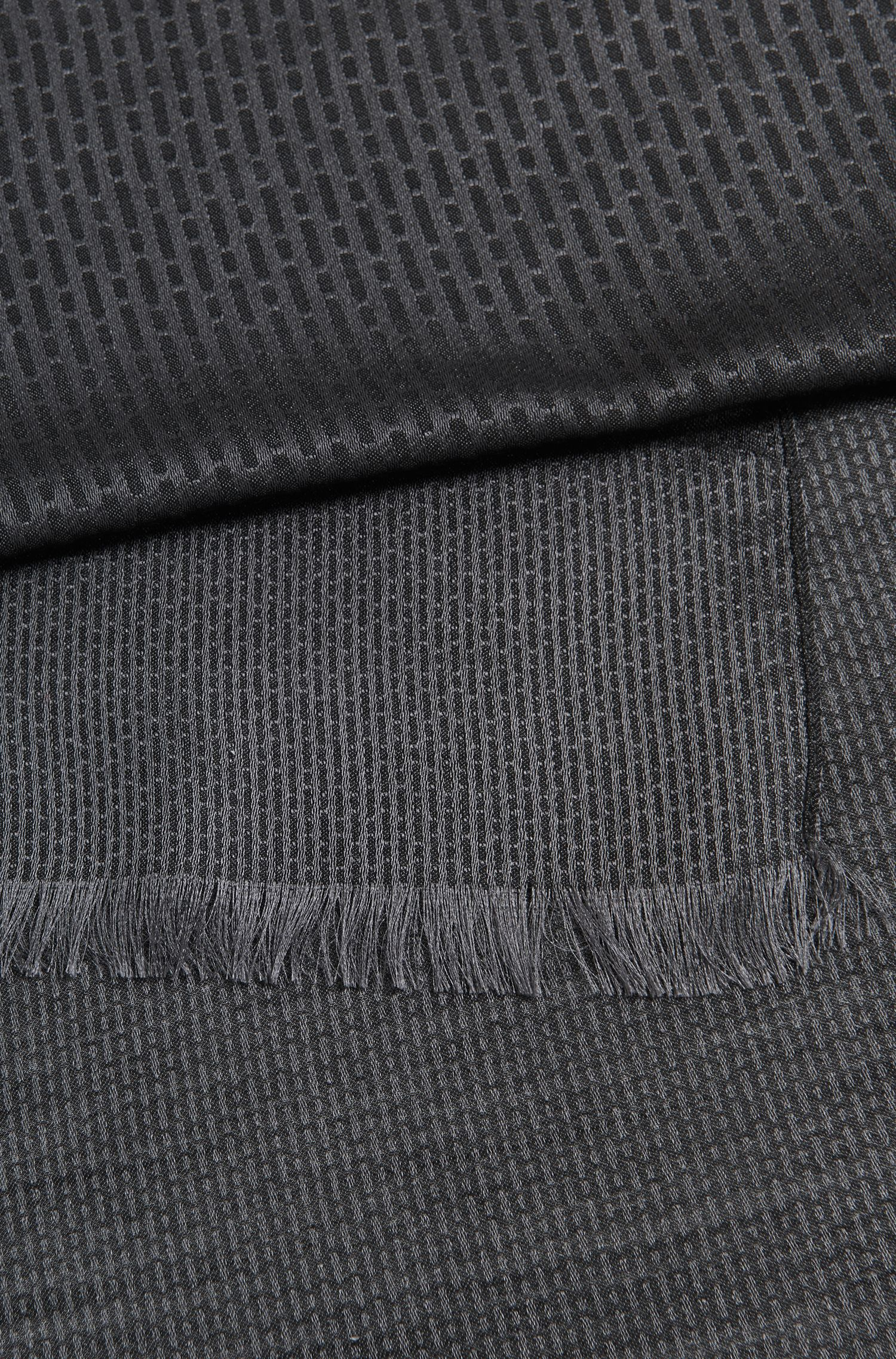 Bufanda de la colección Mercedes-Benz de jacquard en mezcla de lana virgen ligera